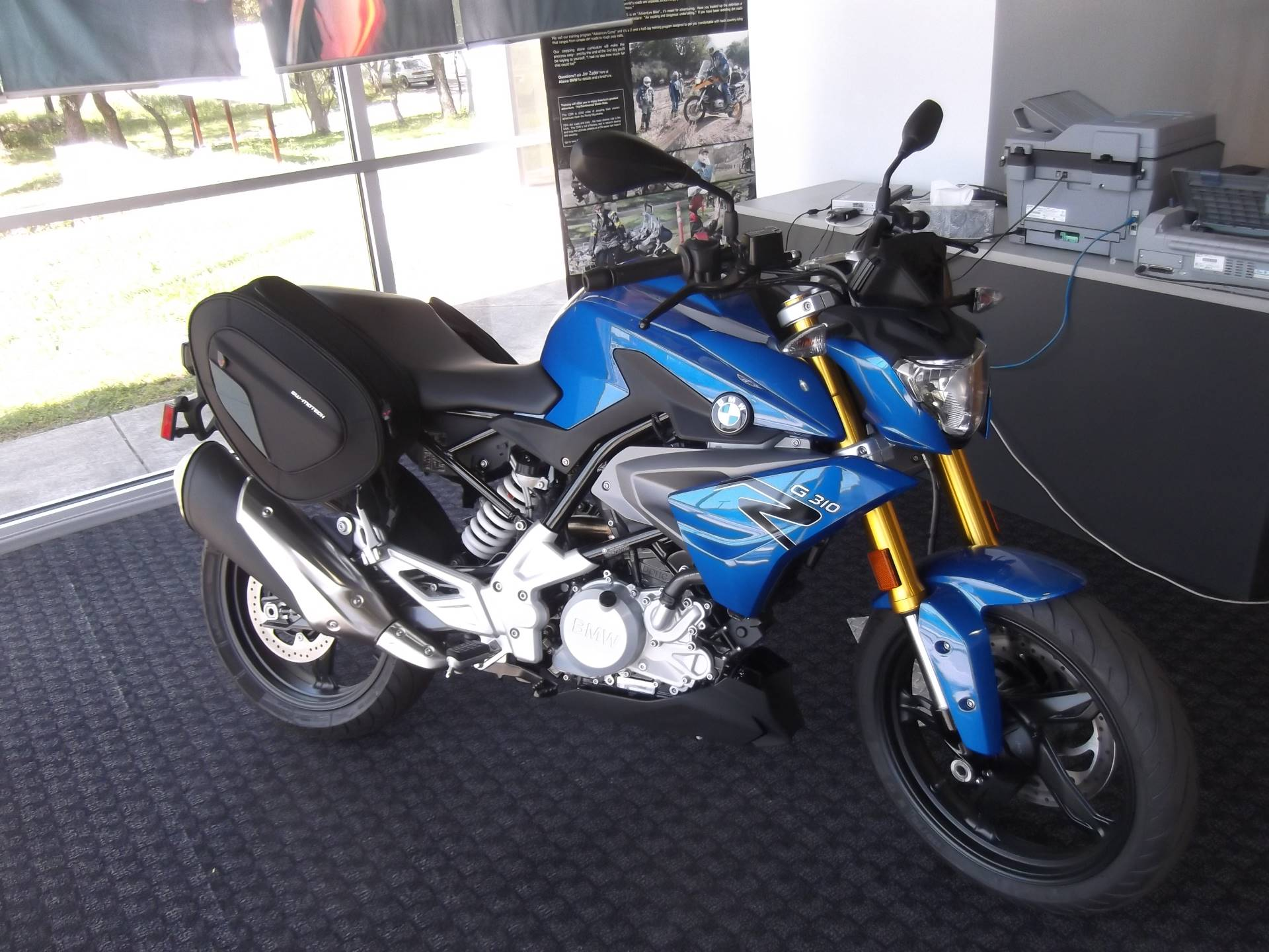 2018 BMW G310R in Boerne, Texas