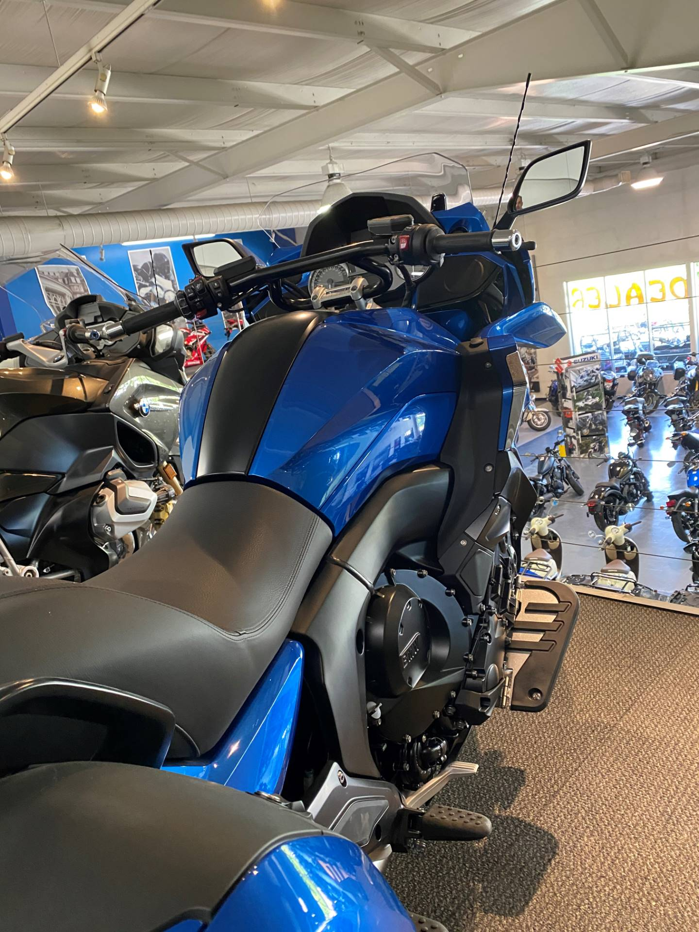 2020 BMW K 1600 B in Iowa City, Iowa - Photo 5