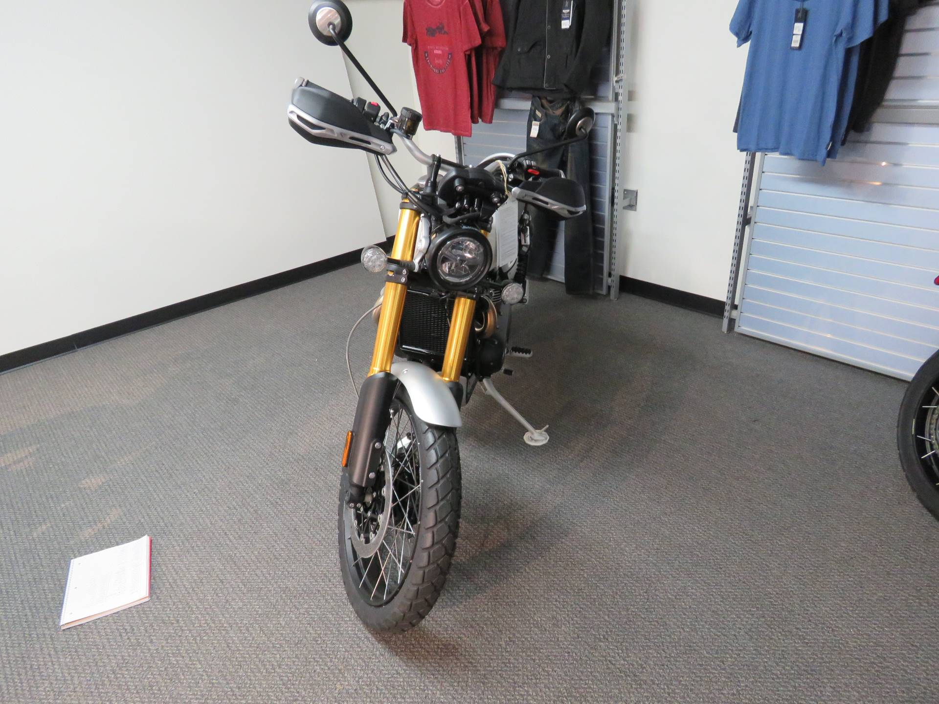 2020 Triumph Scrambler 1200 XE in Iowa City, Iowa - Photo 2