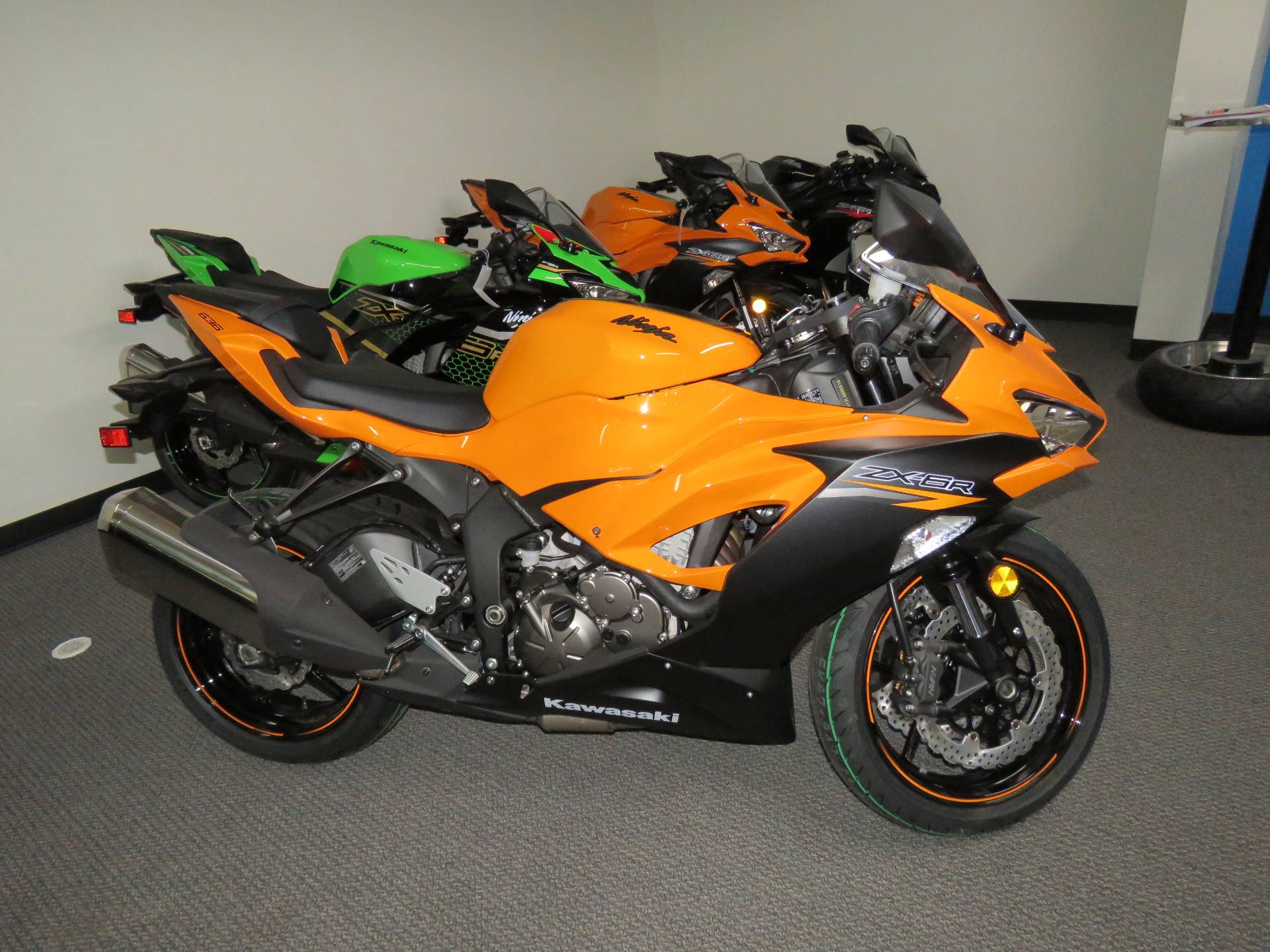 2020 Kawasaki Ninja ZX-6R in Iowa City, Iowa - Photo 4