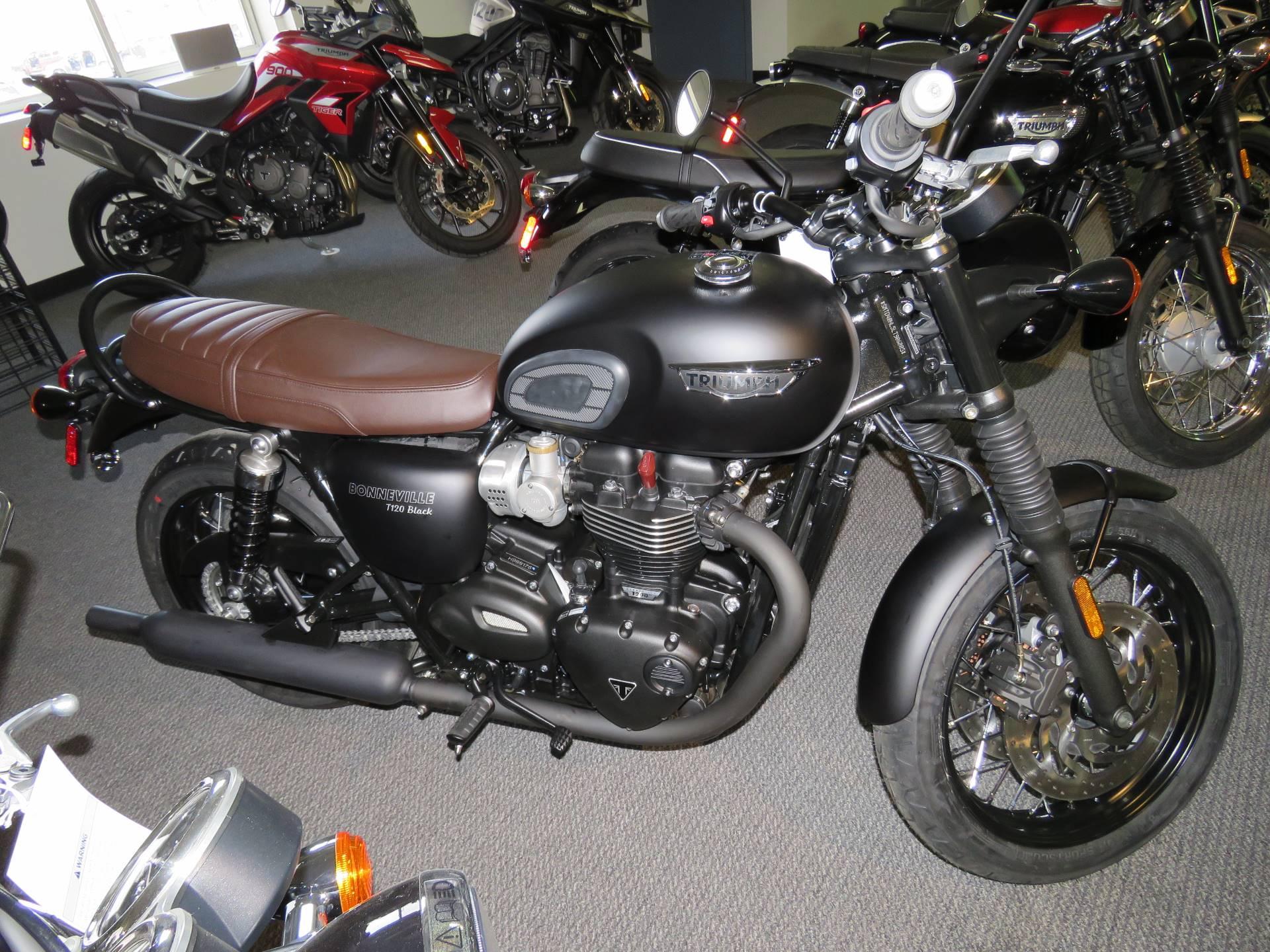 New 2020 Triumph Bonneville T120 Black Matte Jet Black Motorcycles In Iowa City Ia T86005