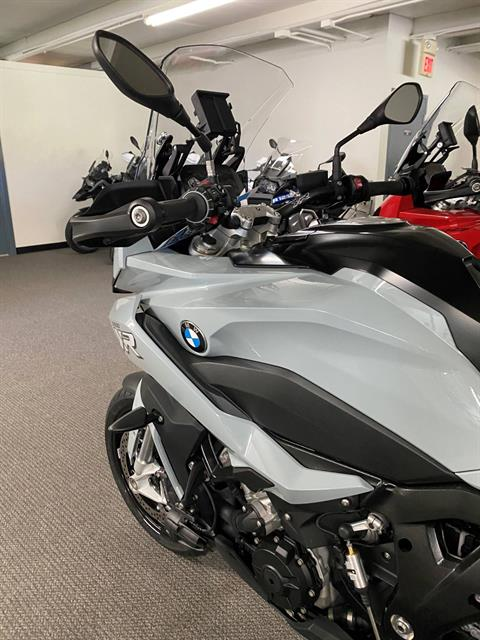 2020 BMW S 1000 XR in Iowa City, Iowa - Photo 2