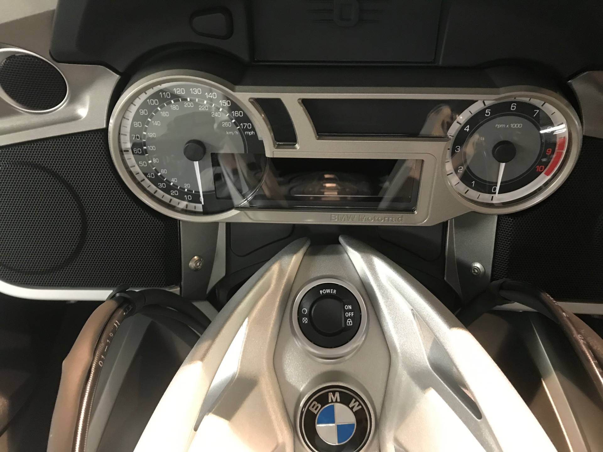 2019 BMW K 1600 GTL in Iowa City, Iowa - Photo 3