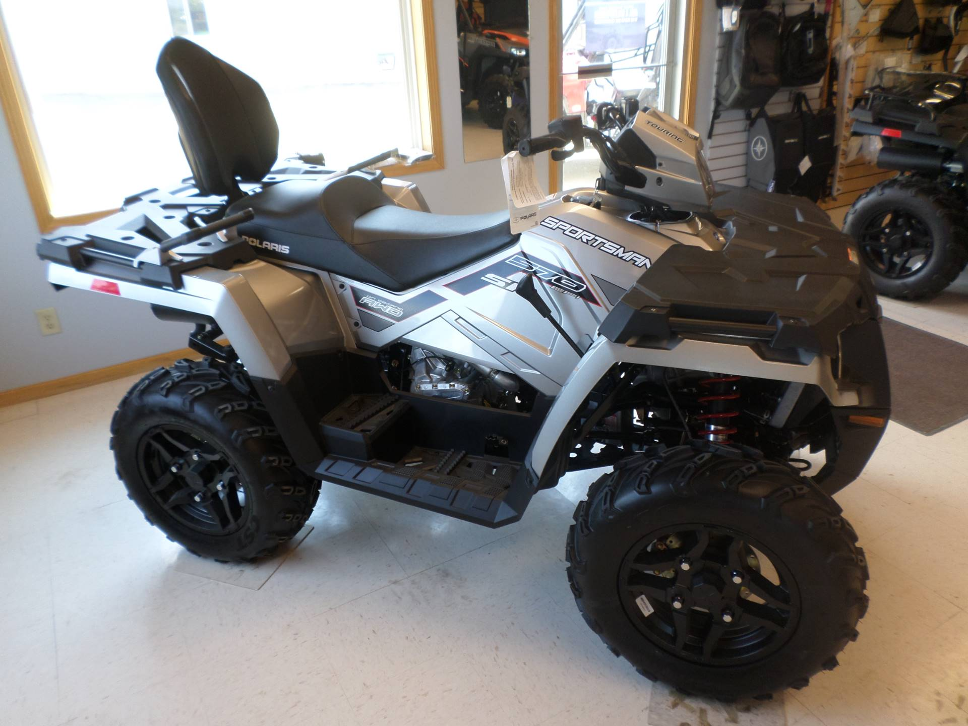 2017 Polaris Sportsman Touring 570 SP 3
