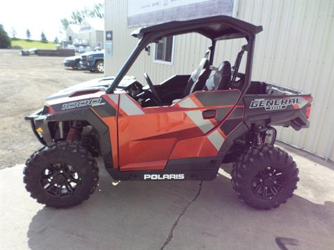 2019 Polaris General 1000 EPS Deluxe in Lake Mills, Iowa