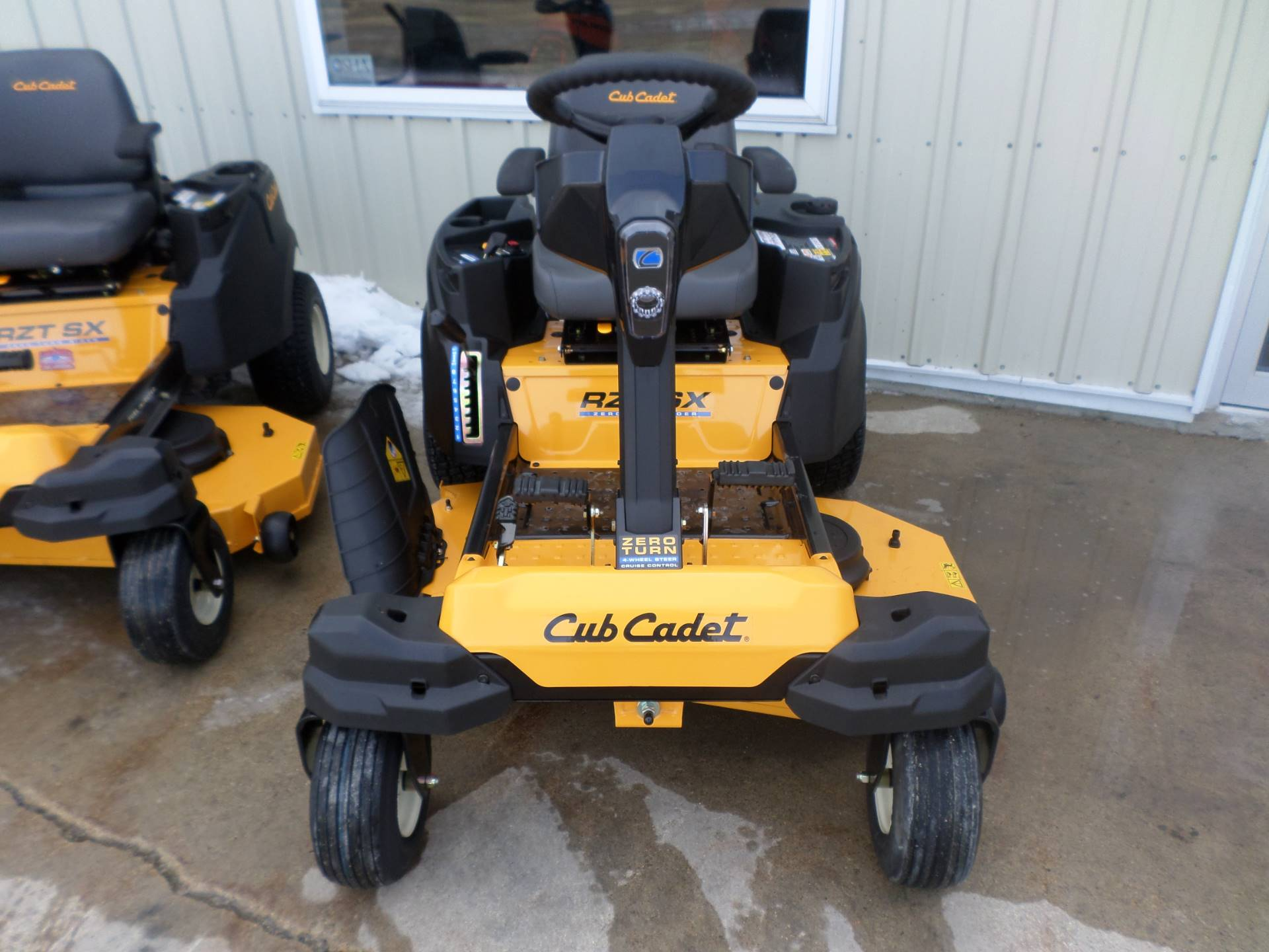2018 Cub Cadet RZT SX 46 in Lake Mills, Iowa - Photo 3