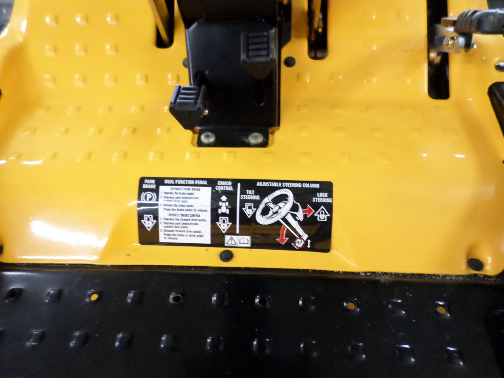 2019 Cub Cadet RZT SX 50 in. Cub Cadet EFI 679 cc in Lake Mills, Iowa - Photo 5