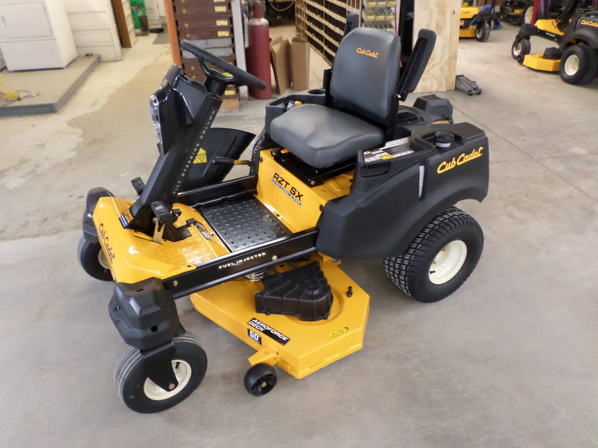 2019 Cub Cadet RZT SX 50 in. Cub Cadet EFI 679 cc in Lake Mills, Iowa - Photo 3