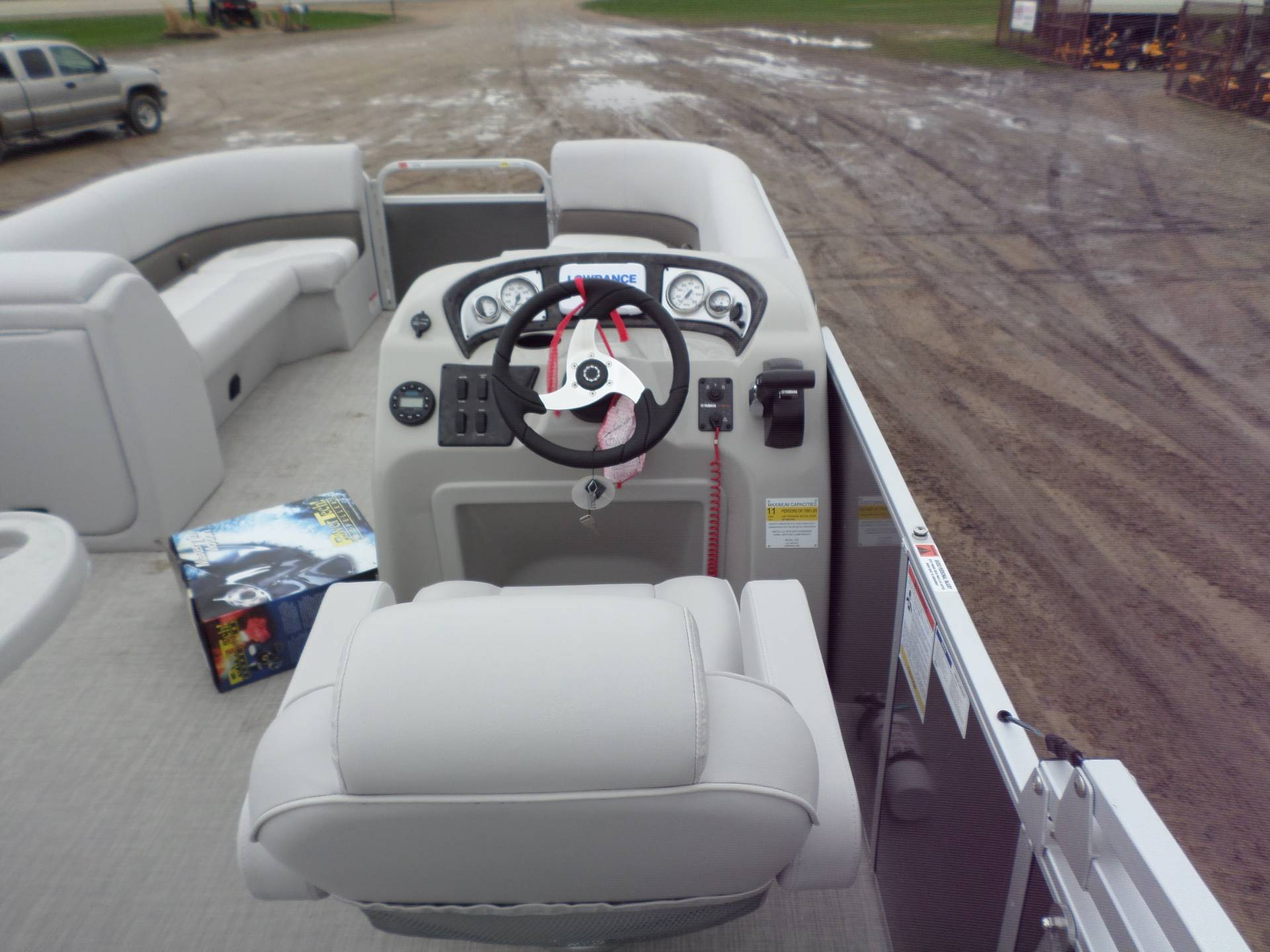 2019 SunCatcher V22 RF in Lake Mills, Iowa - Photo 8