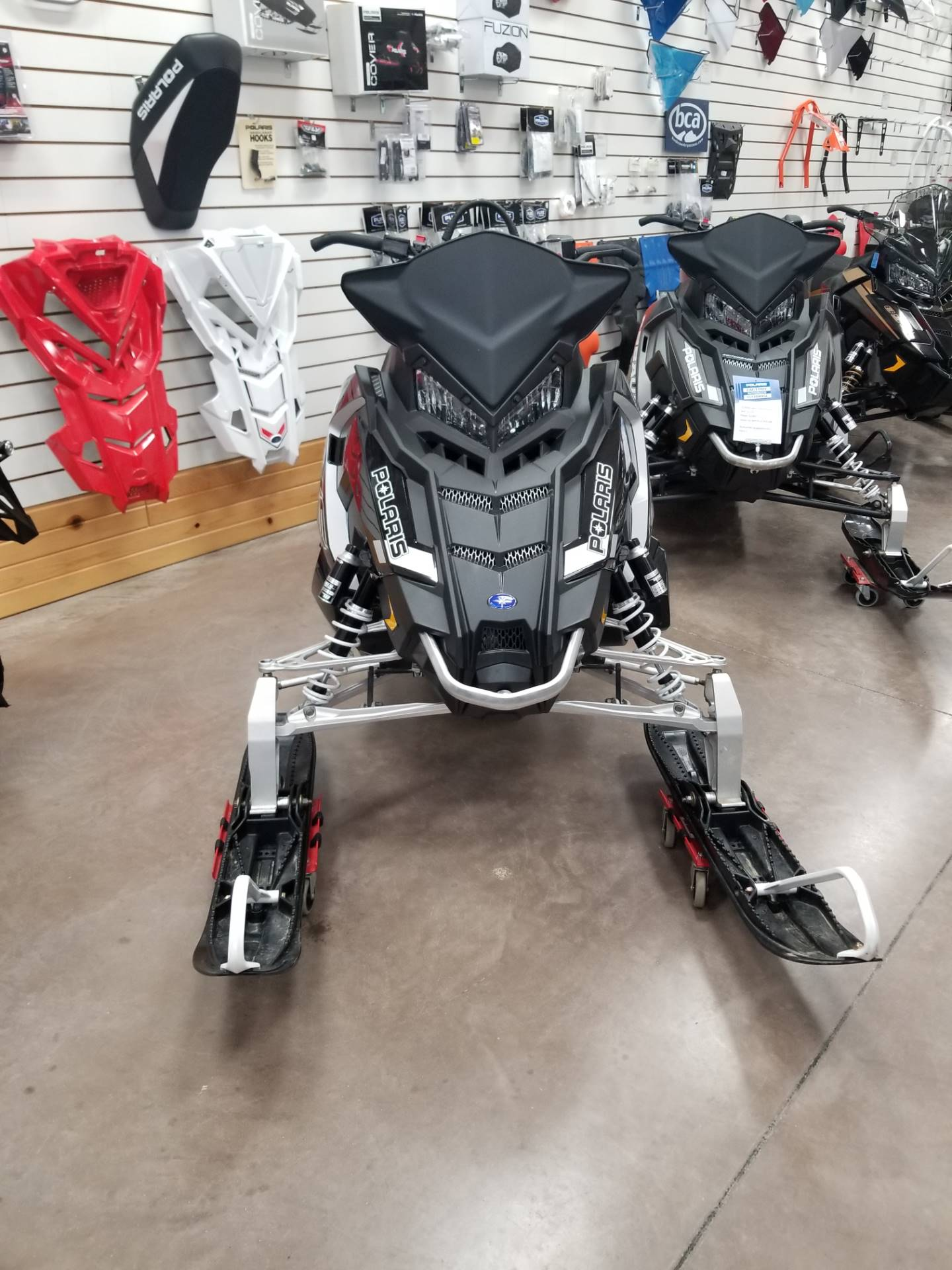 2018 Polaris 800 Switchback Assault 144 ES 2.0 in Algona, Iowa - Photo 2