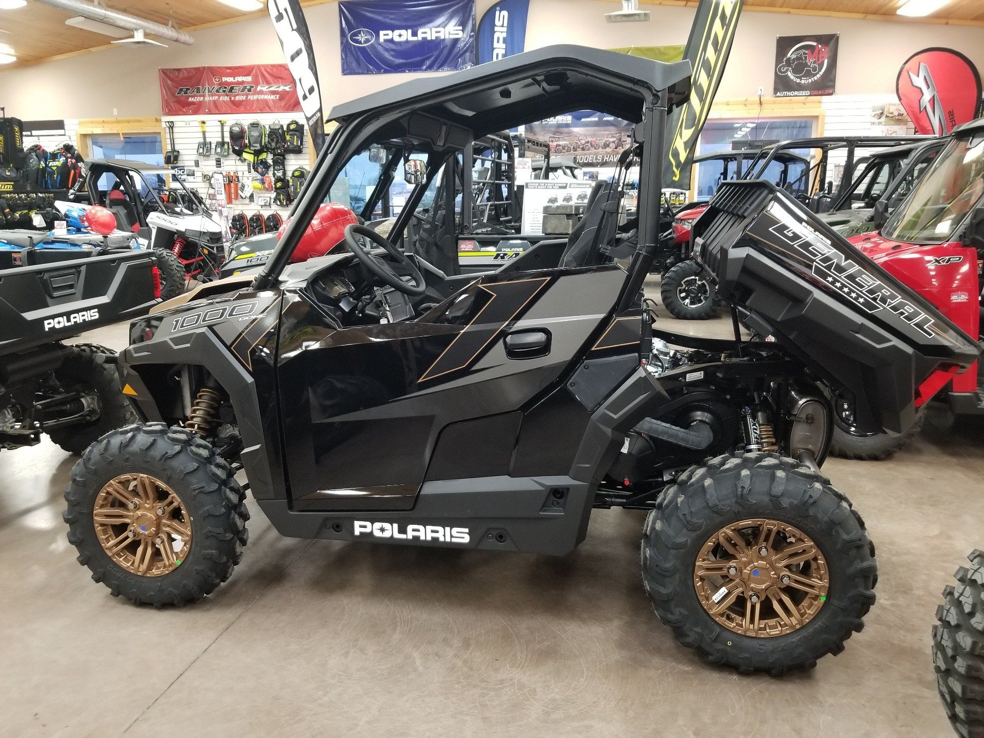 2019 Polaris General 1000 EPS Ride Command Edition 1