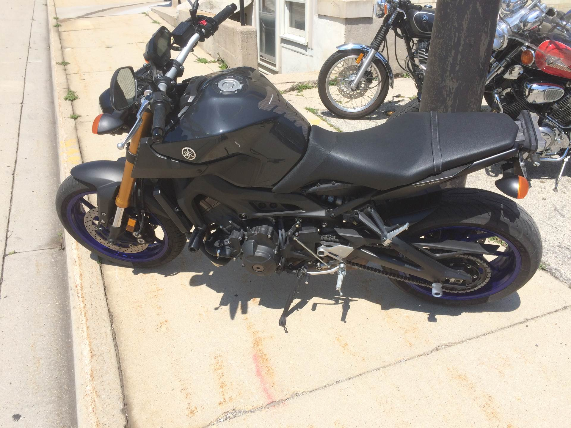 2014 Yamaha FZ-09 in Port Washington, Wisconsin