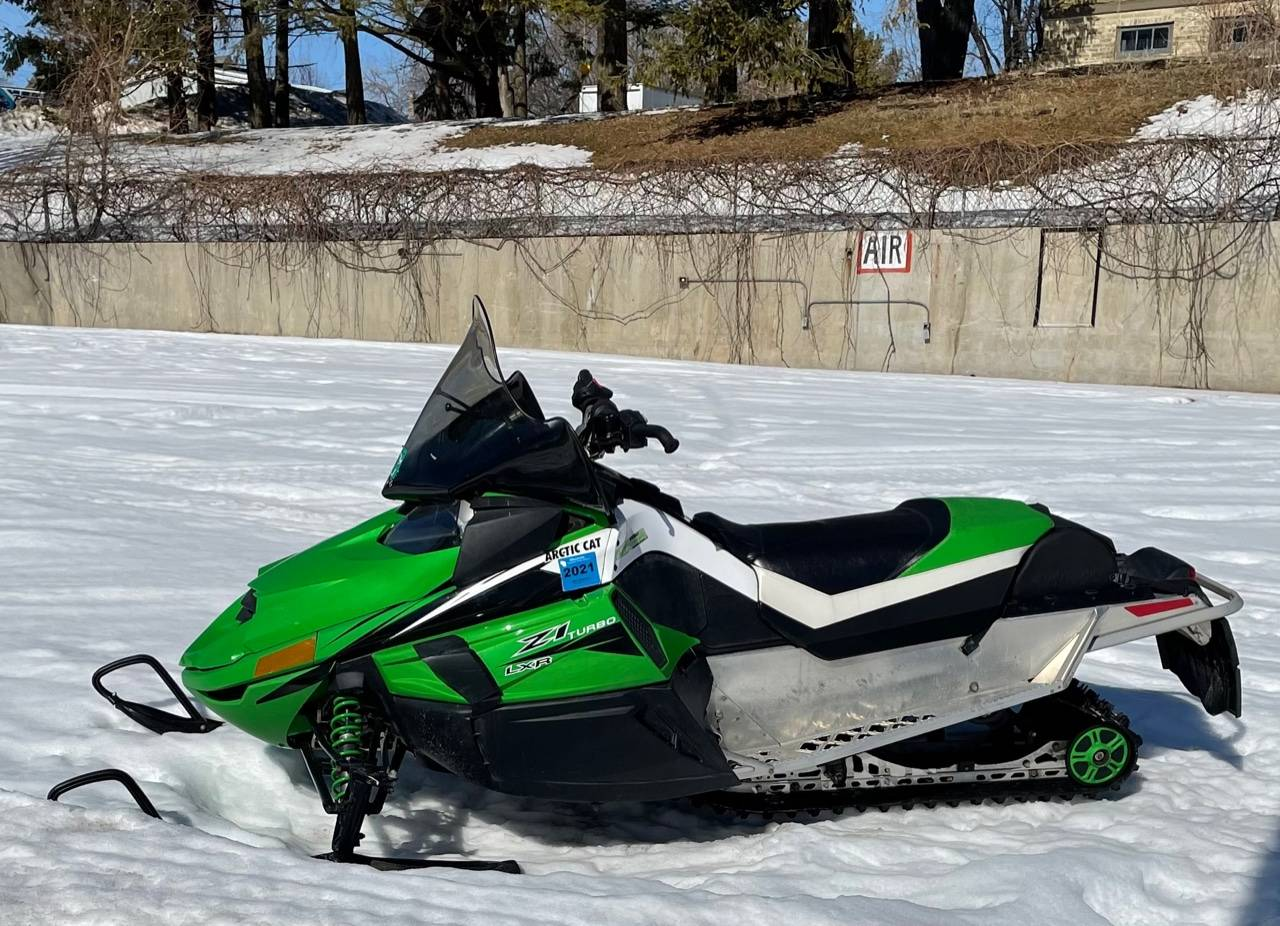 2011 Arctic Cat Z1™ Turbo LXR in Port Washington, Wisconsin - Photo 1