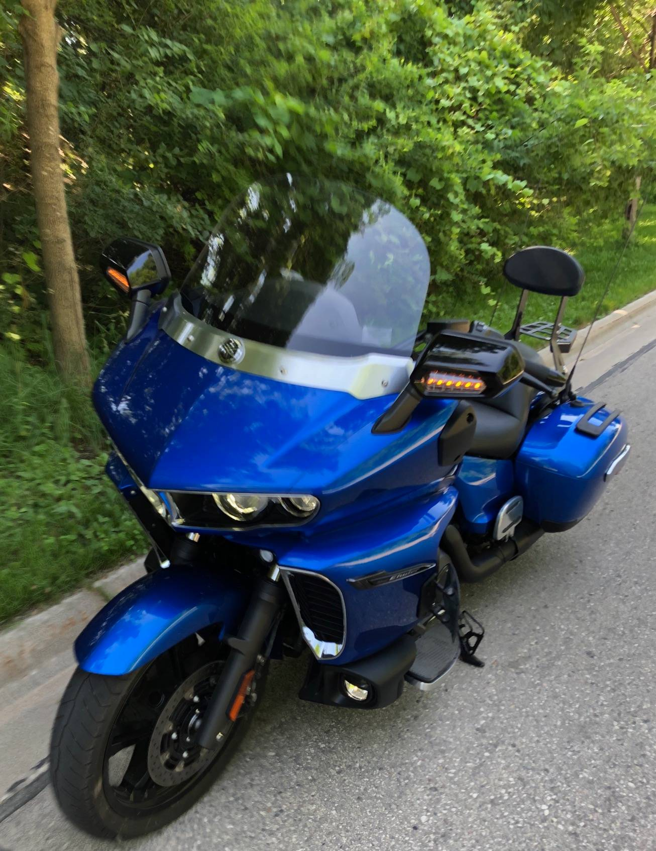 2018 Yamaha Star Eluder GT in Port Washington, Wisconsin - Photo 5