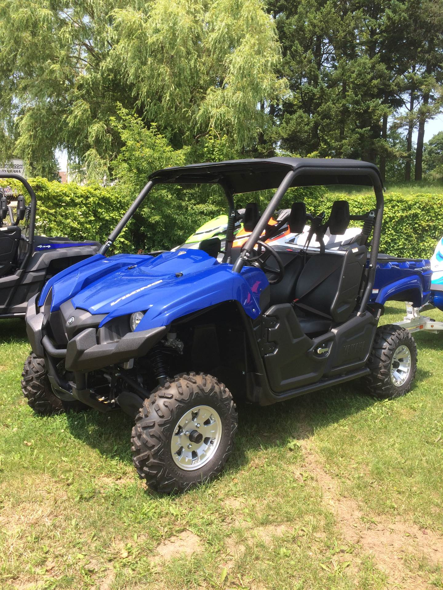 2017 Yamaha Viking EPS in Port Washington, Wisconsin