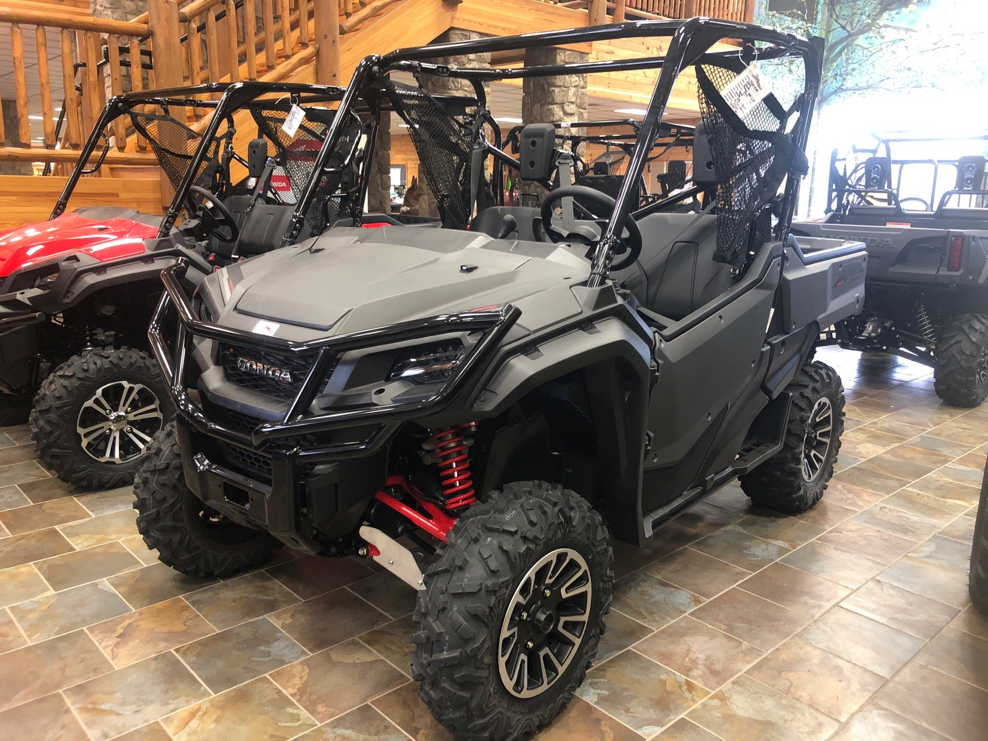 2018 Honda Pioneer 1000 LE in Honesdale, Pennsylvania - Photo 1