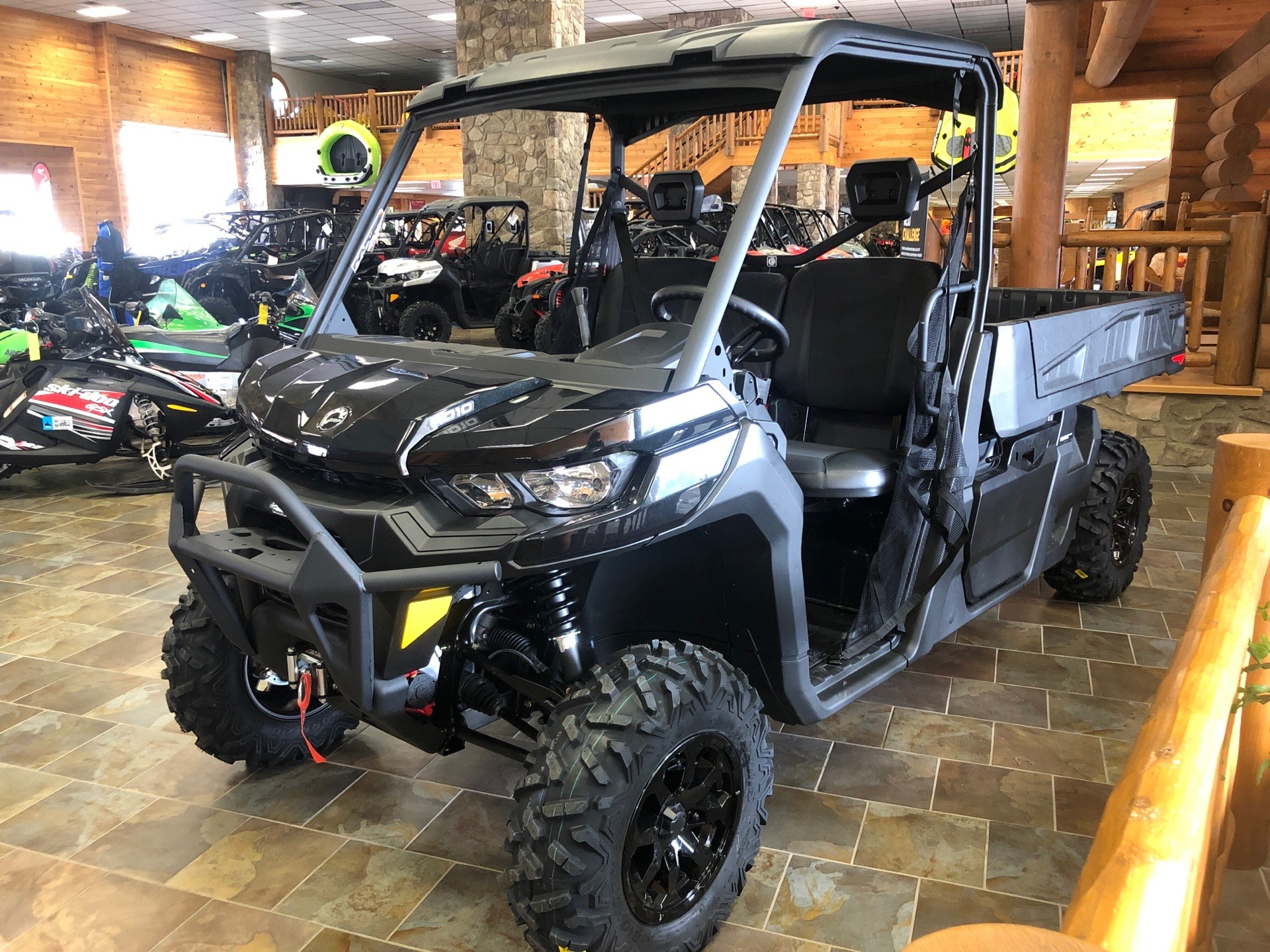 2020 Can-Am Defender Pro XT HD10 in Honesdale, Pennsylvania - Photo 1