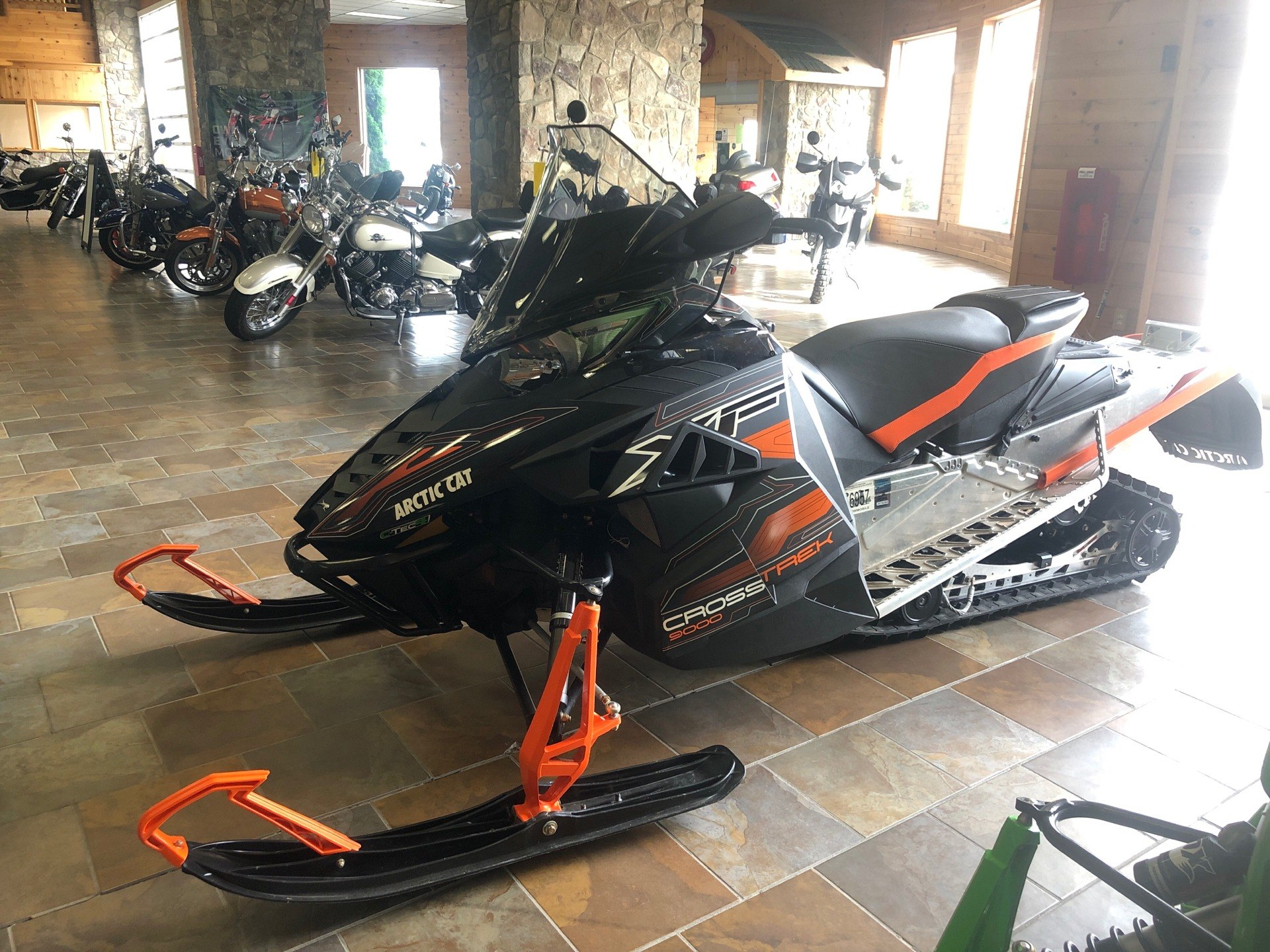 "2016 Arctic Cat XF 9000 137"" CrossTrek ES in Honesdale, Pennsylvania - Photo 1"