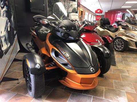 2011 Can-Am Spyder® RS-S SM5 in Honesdale, Pennsylvania - Photo 2