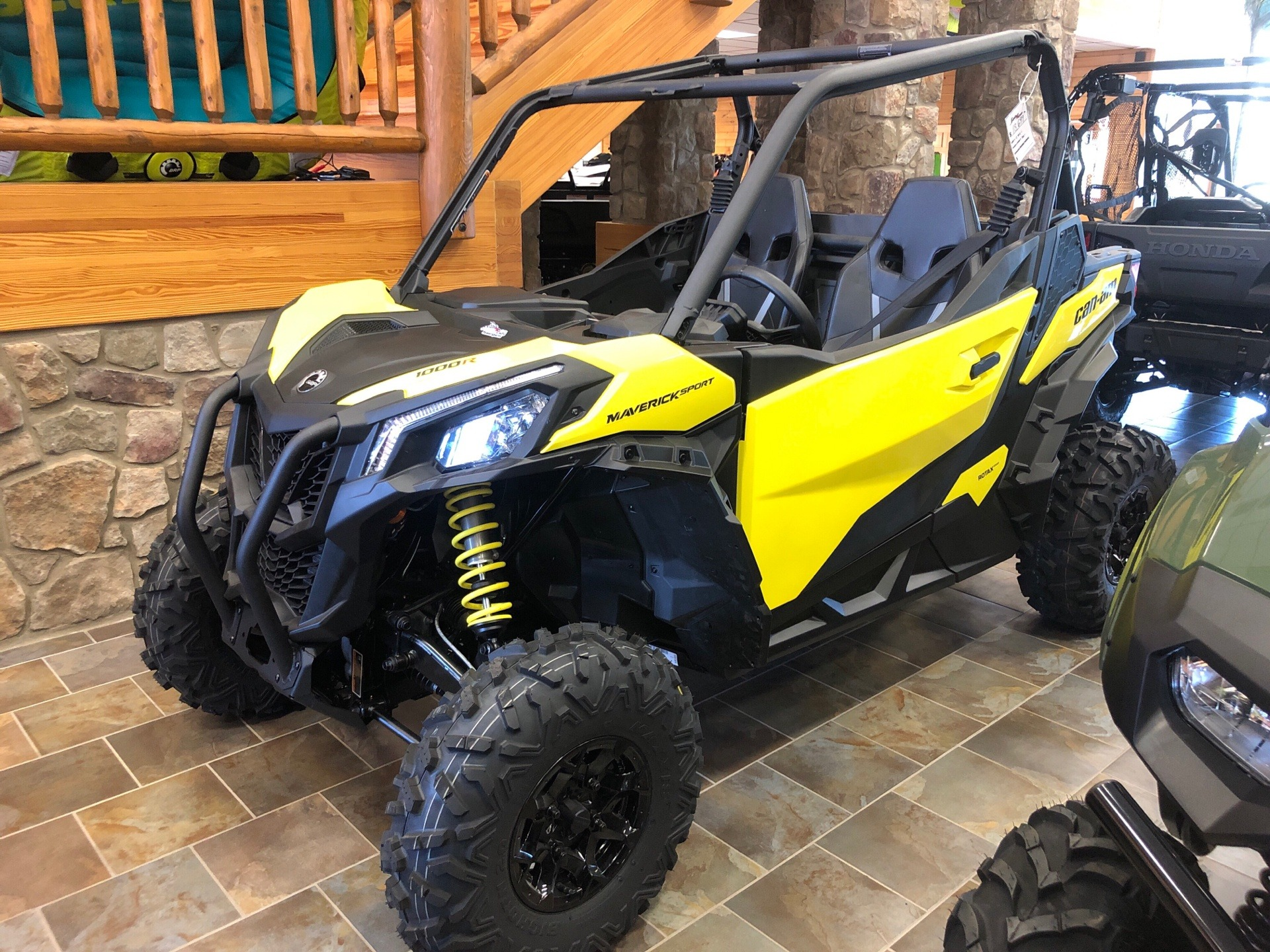 2019 Can-Am Maverick Sport DPS 1000R in Honesdale, Pennsylvania - Photo 1