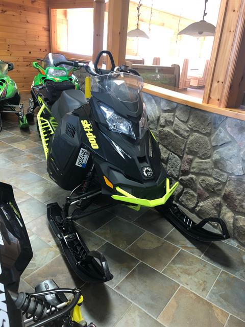 2014 Ski-Doo Summit® X® E-TEC® 800R 163 in Honesdale, Pennsylvania