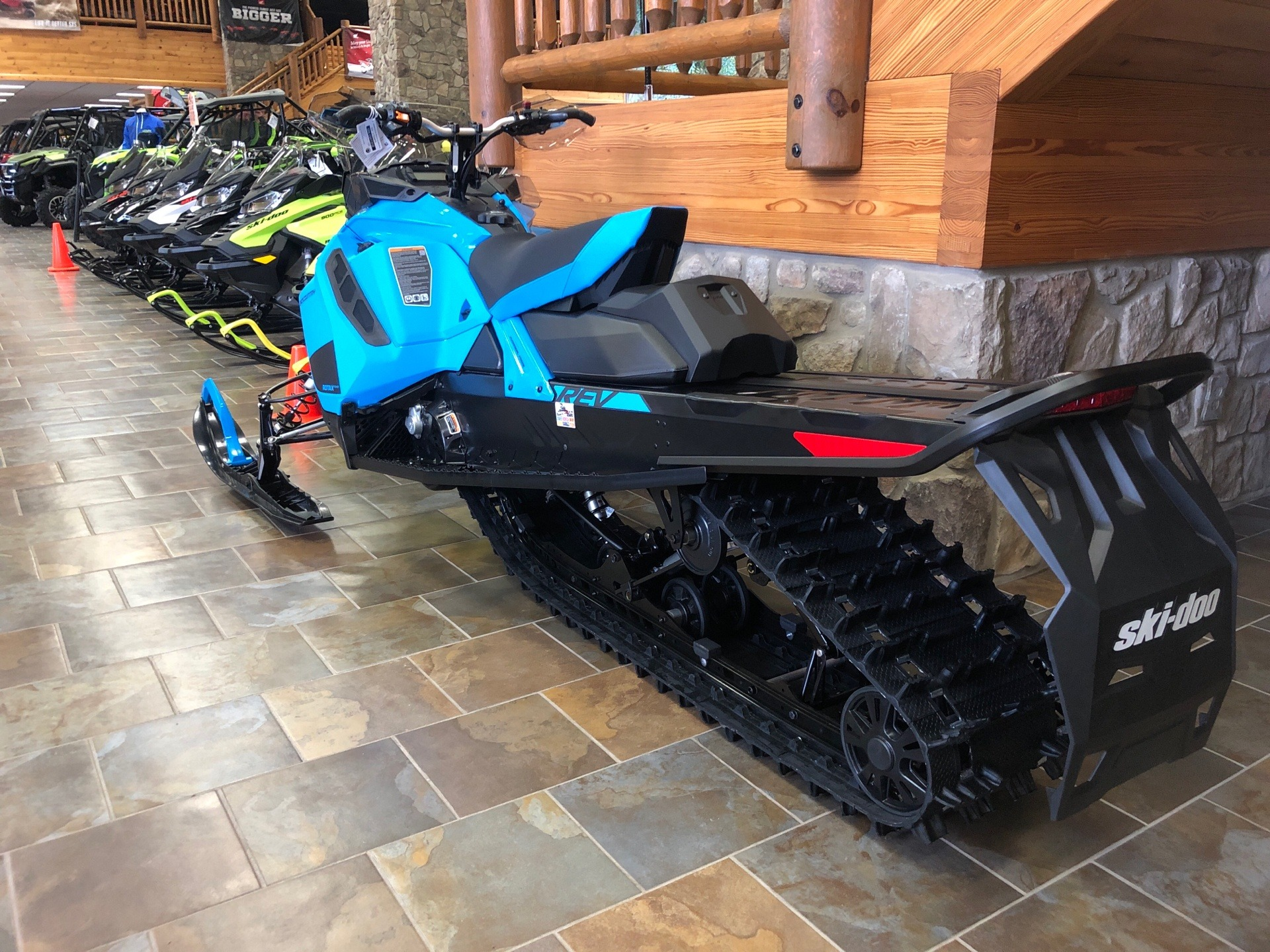 2020 Ski-Doo Backcountry 850 E-TEC ES in Honesdale, Pennsylvania - Photo 2