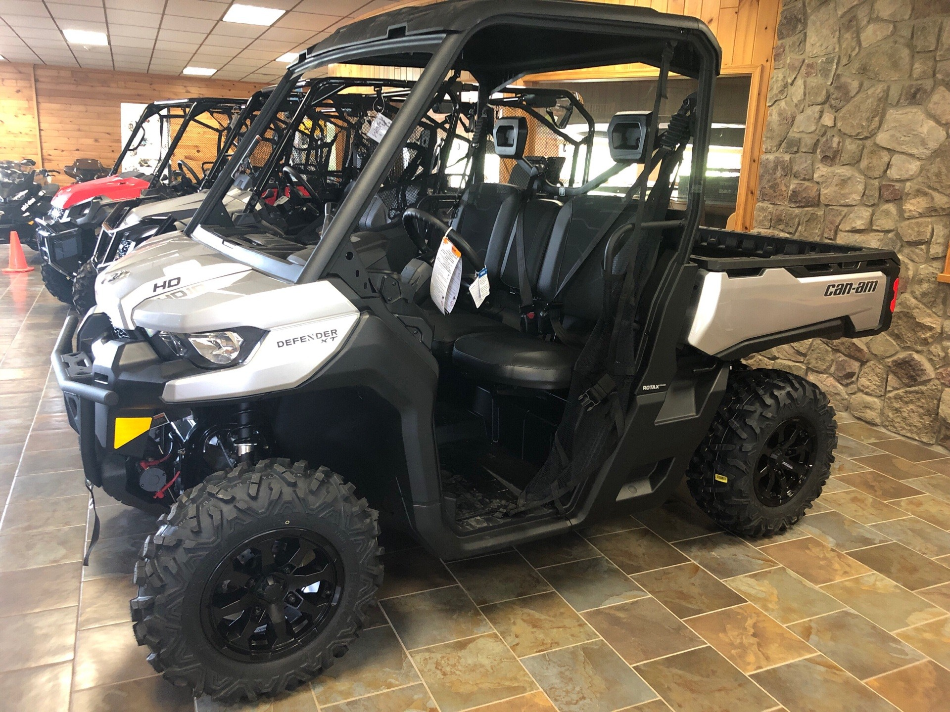 2019 Can-Am Defender XT HD10 in Honesdale, Pennsylvania - Photo 1