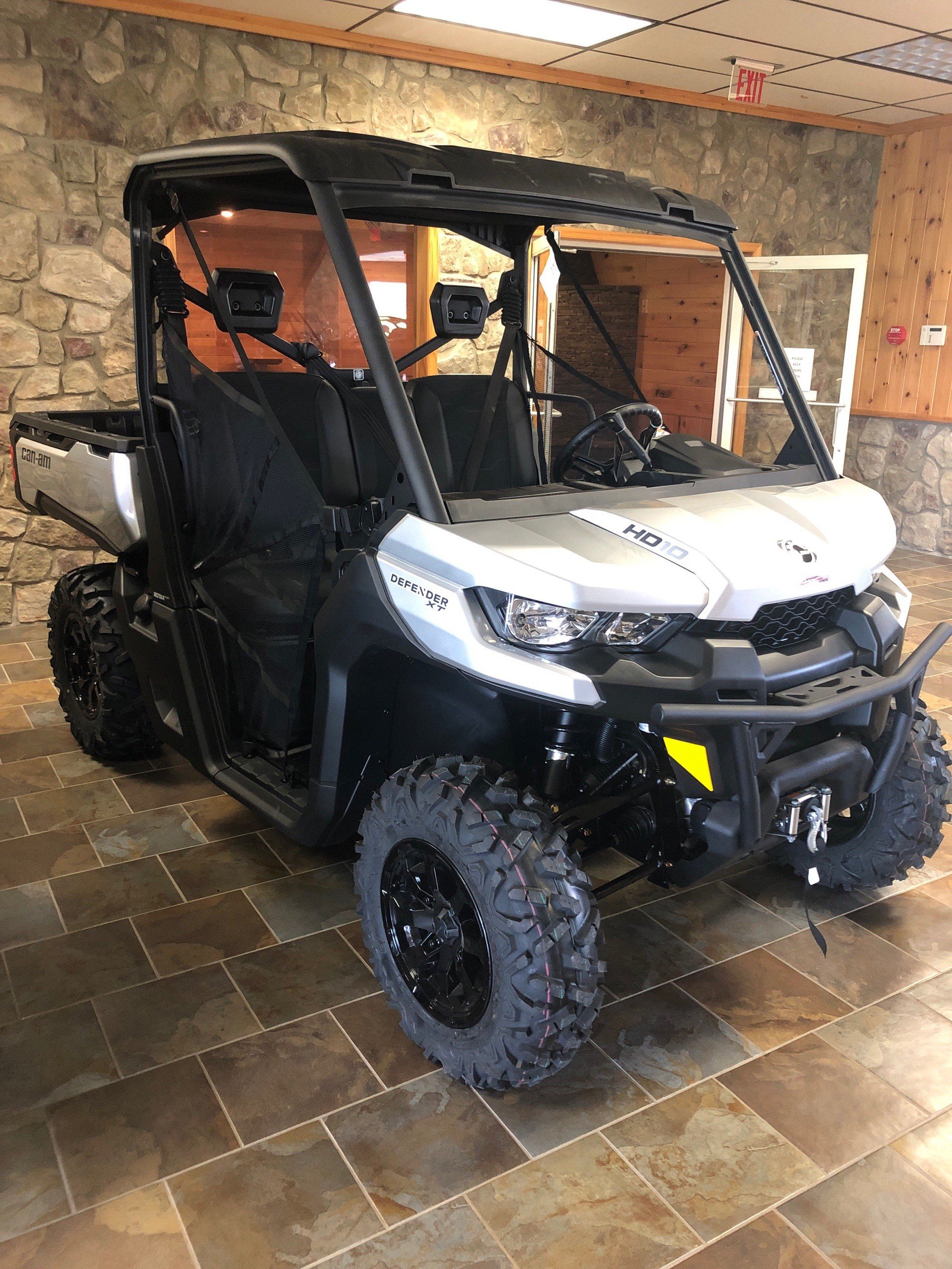 2019 Can-Am Defender XT HD10 in Honesdale, Pennsylvania - Photo 2