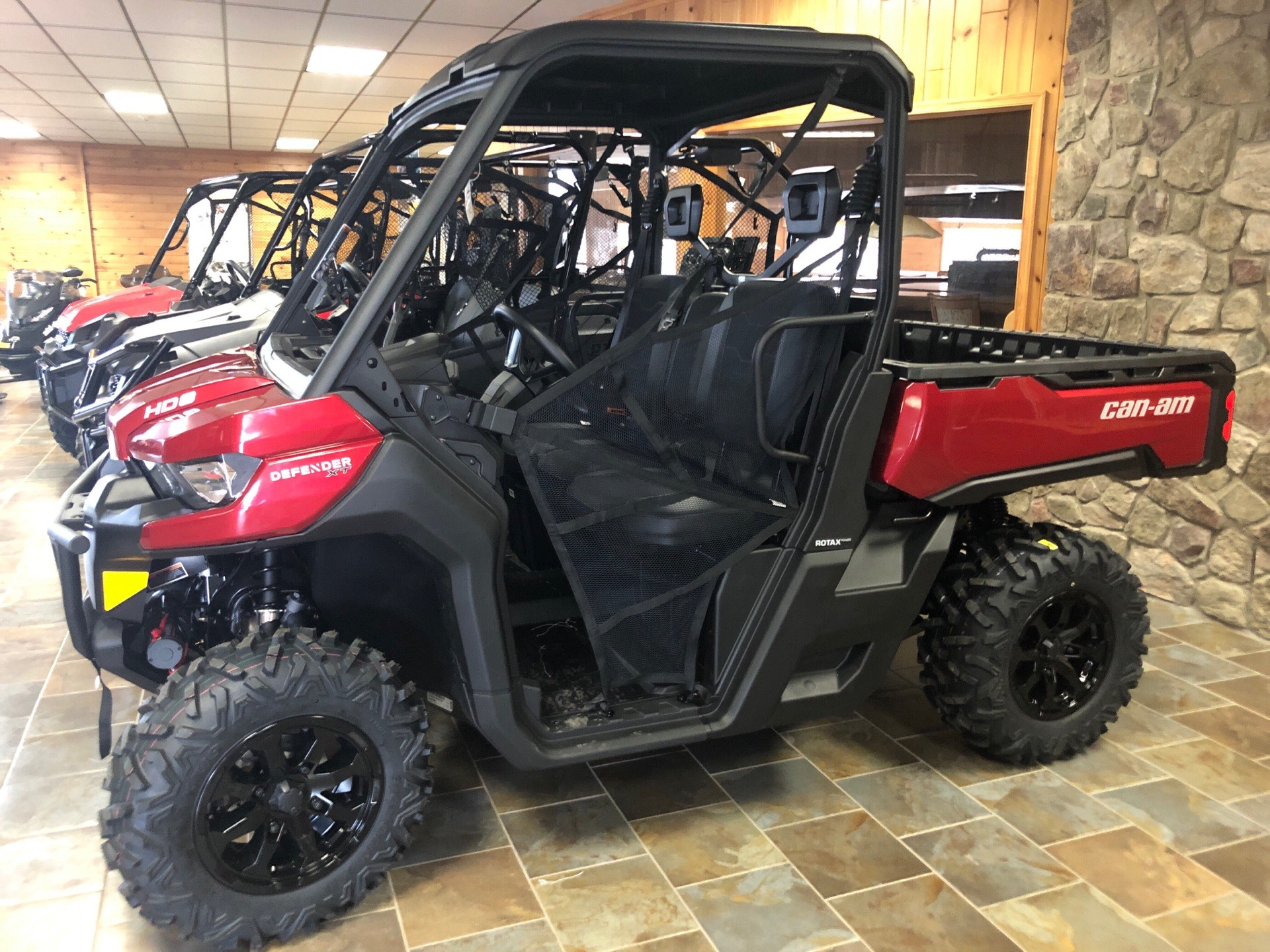 2019 Can-Am Defender XT HD8 in Honesdale, Pennsylvania - Photo 1