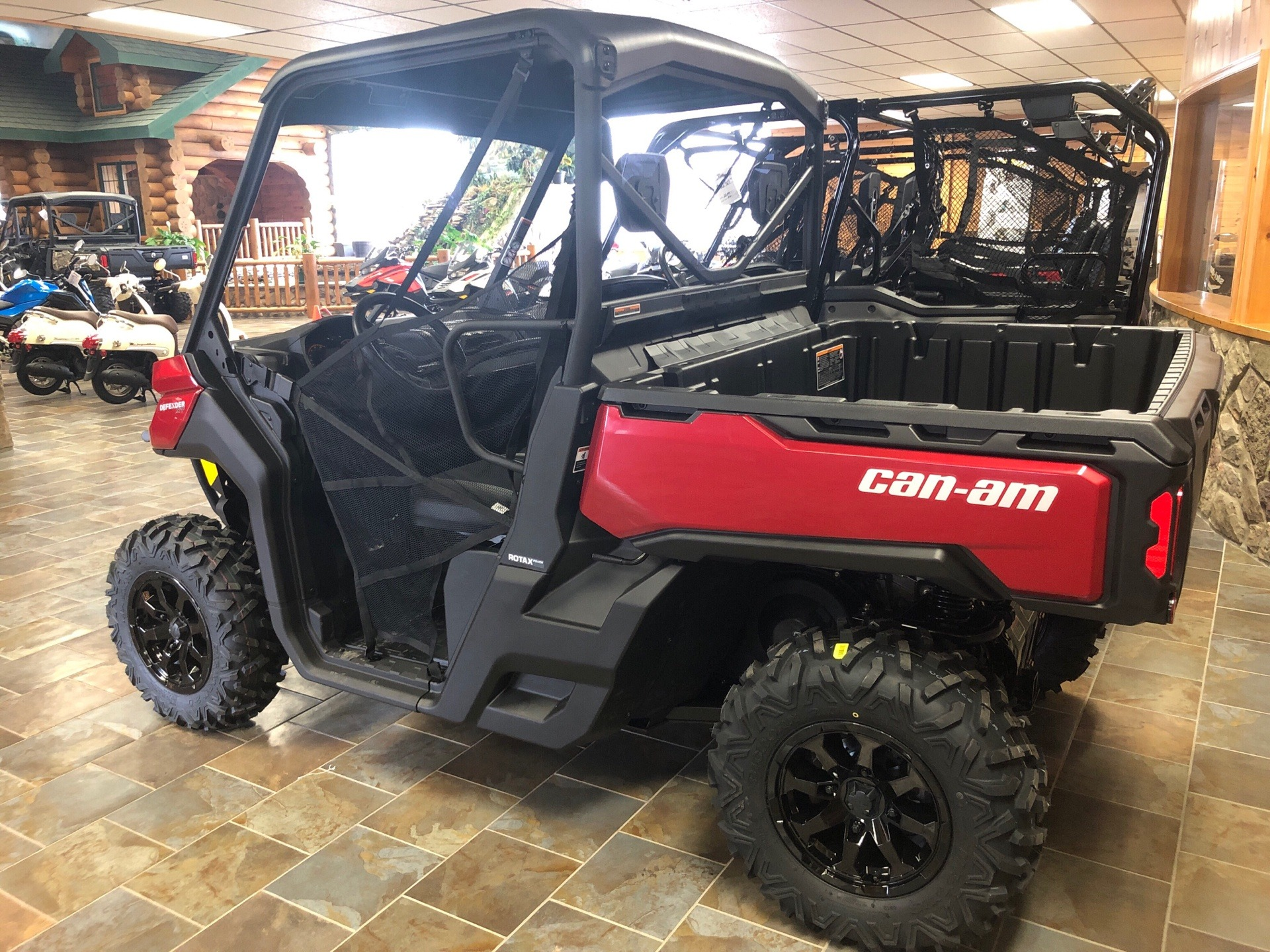 2019 Can-Am Defender XT HD8 in Honesdale, Pennsylvania - Photo 3