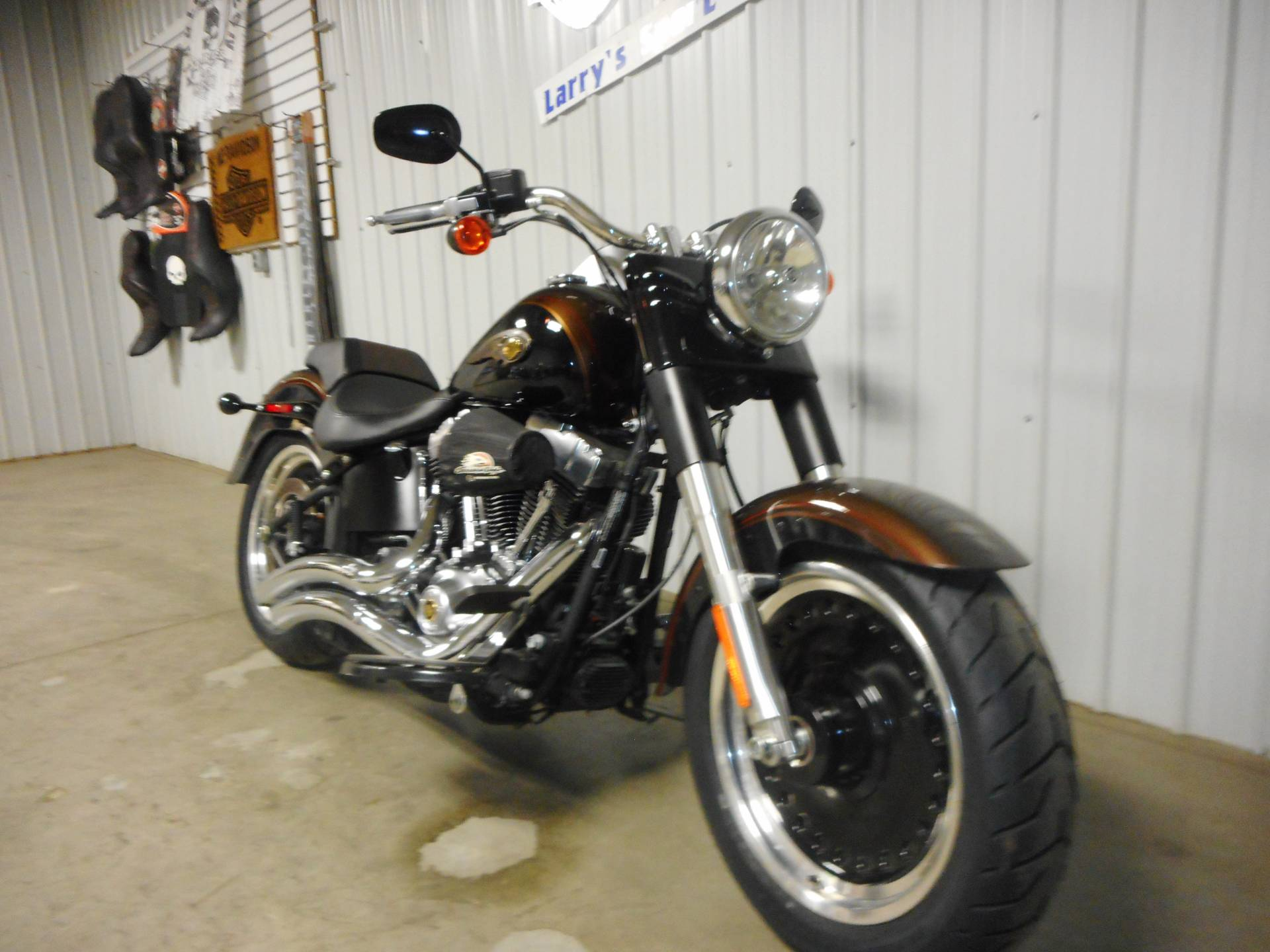 2013 Harley-Davidson Softail® Fat Boy® Lo 110th Anniversary Edition in Galeton, Pennsylvania - Photo 2