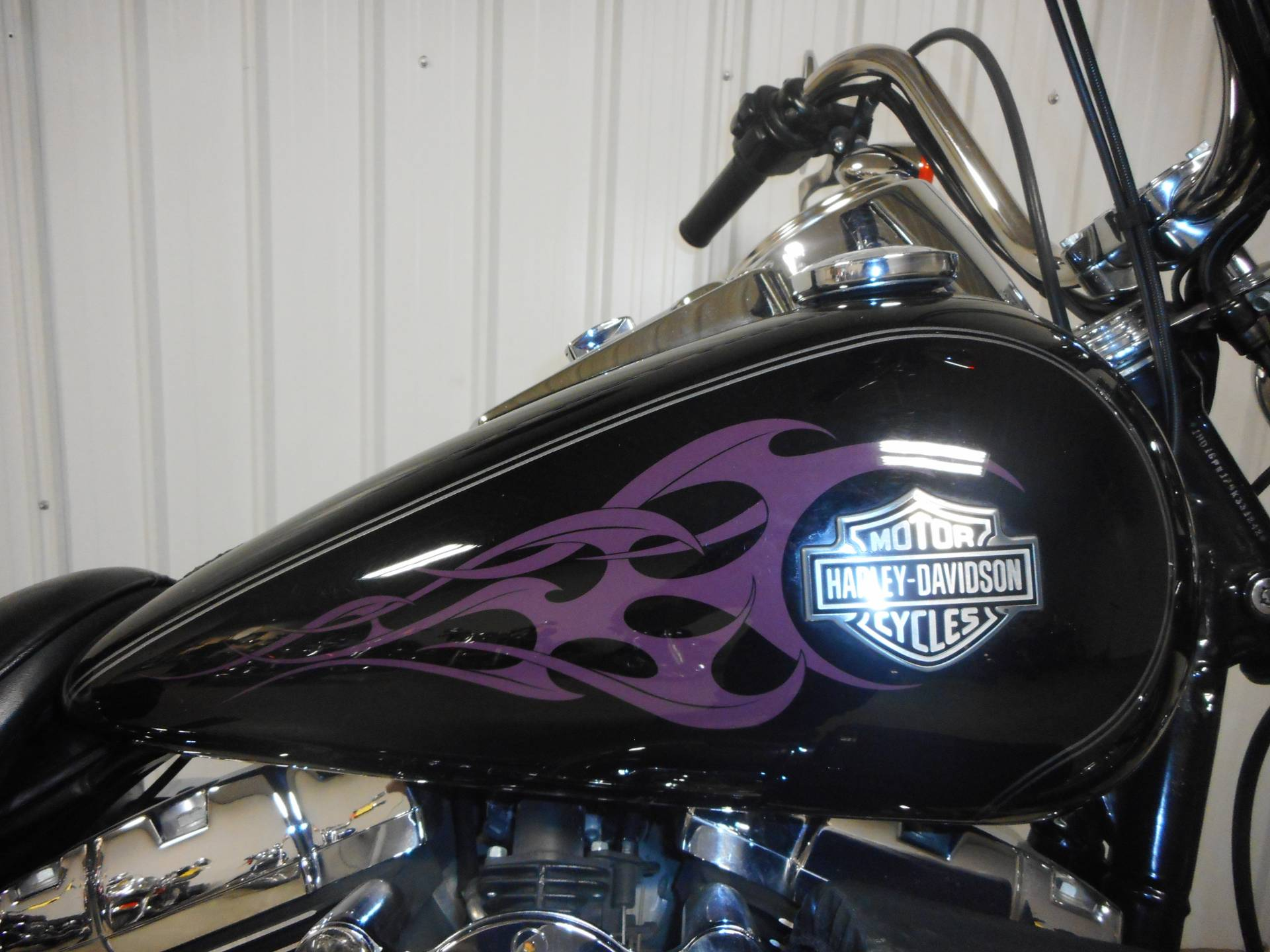 2005 Harley-Davidson FXDWG/FXDWGI Dyna Wide Glide® in Galeton, Pennsylvania - Photo 5
