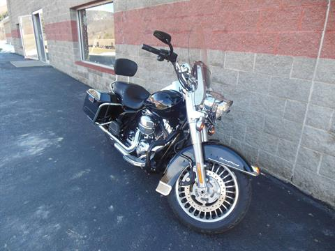 2009 Harley-Davidson Road King® Classic in Galeton, Pennsylvania - Photo 2