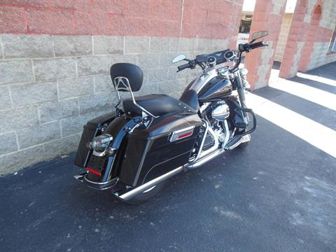 2009 Harley-Davidson Road King® Classic in Galeton, Pennsylvania - Photo 3