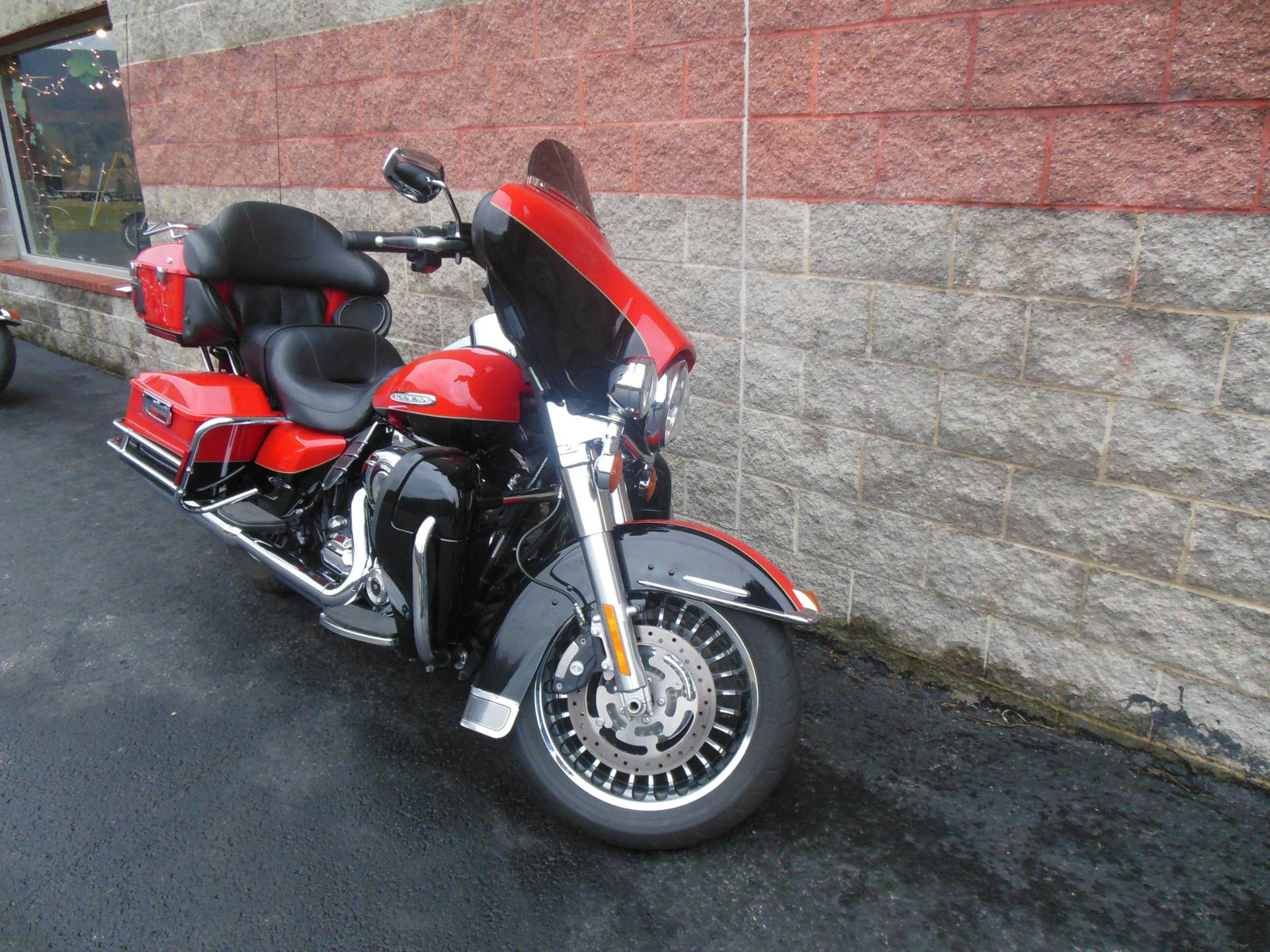2010 Harley-Davidson Electra Glide® Ultra Limited in Galeton, Pennsylvania - Photo 2