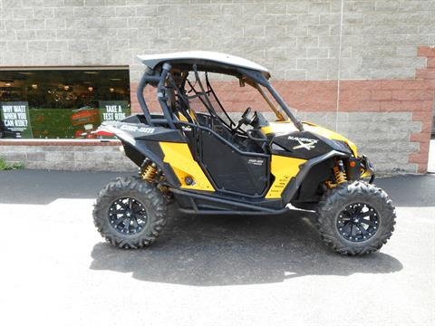 2015 Can-Am Maverick™ X® rs DPS™ 1000R in Galeton, Pennsylvania