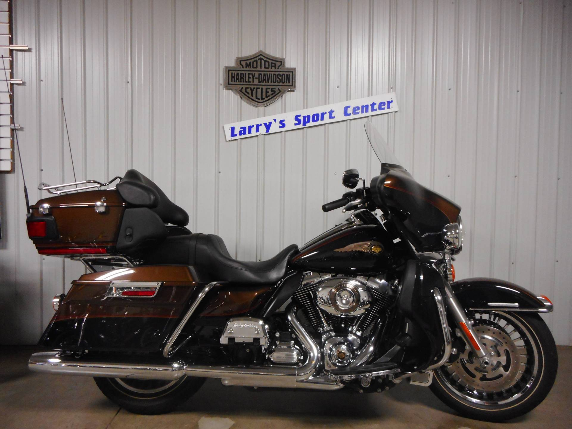 2013 Harley-Davidson Electra Glide® Ultra Limited 110th Anniversary Edition in Galeton, Pennsylvania - Photo 1