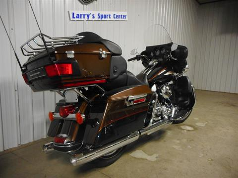 2013 Harley-Davidson Electra Glide® Ultra Limited 110th Anniversary Edition in Galeton, Pennsylvania - Photo 3