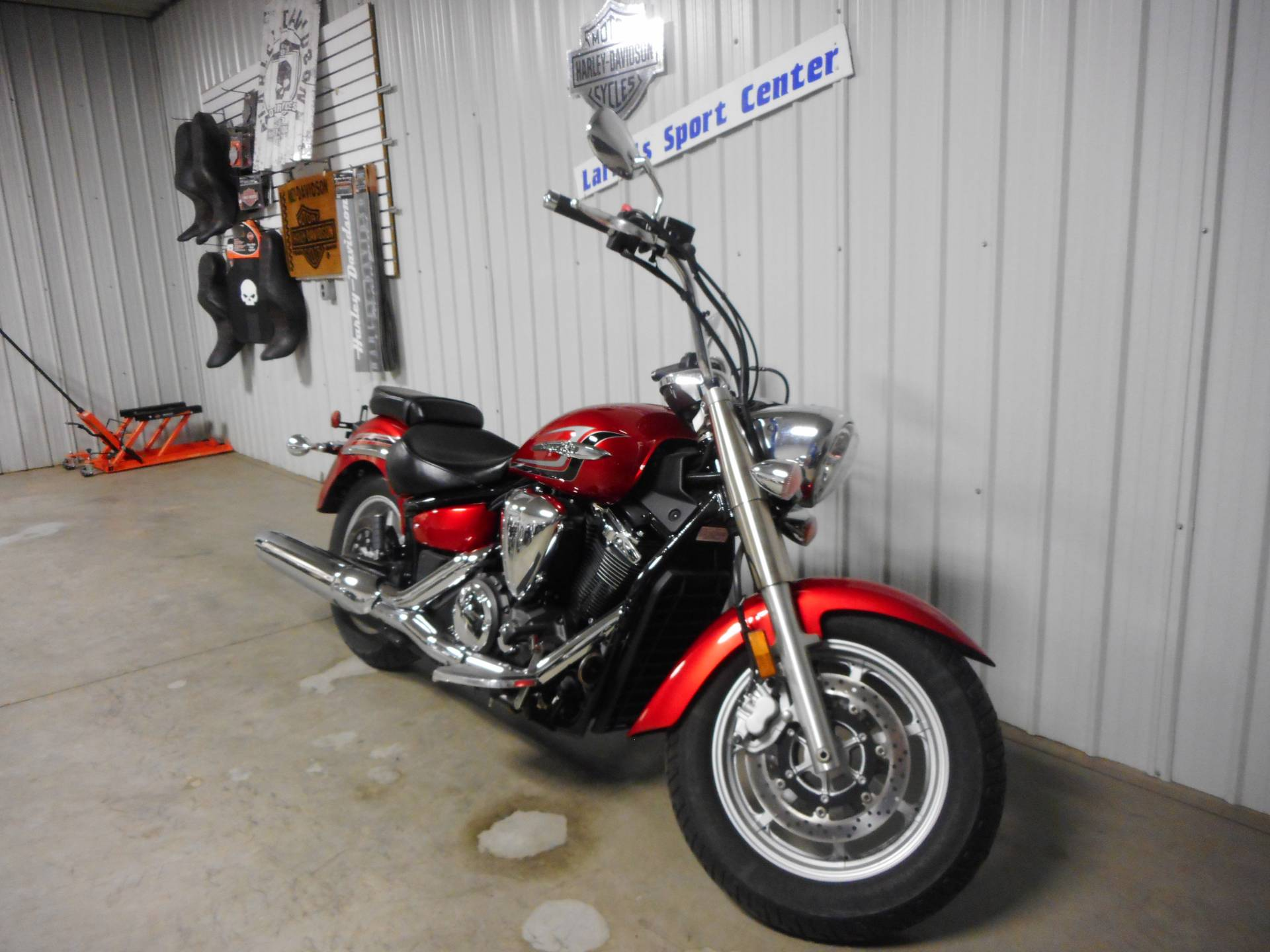 2014 Yamaha V Star 1300 in Galeton, Pennsylvania - Photo 2
