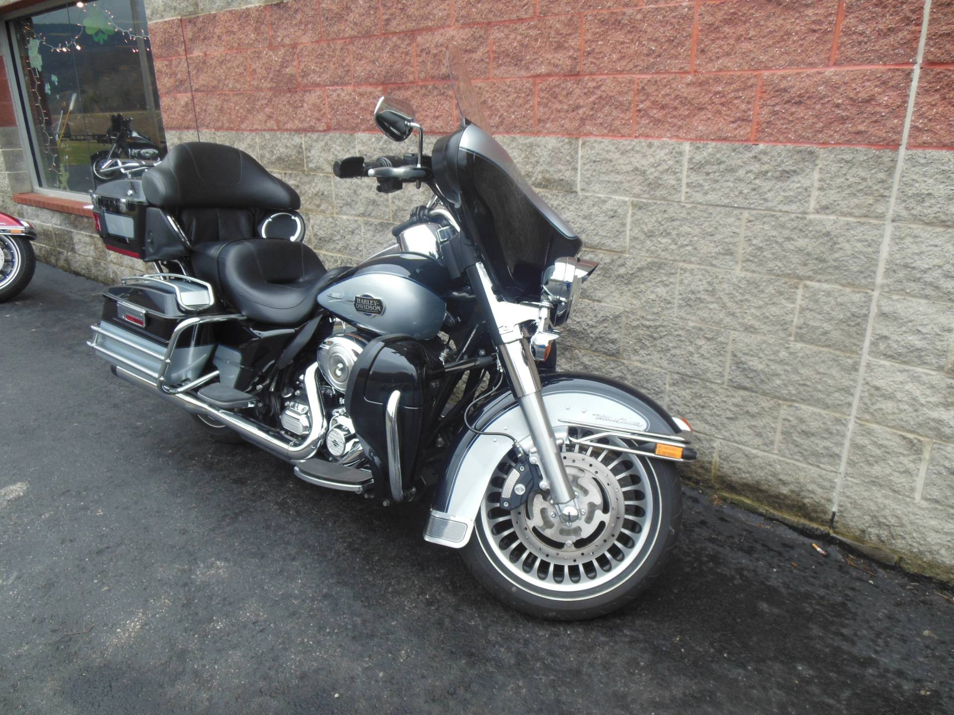 2013 Harley-Davidson Ultra Classic® Electra Glide® in Galeton, Pennsylvania - Photo 2