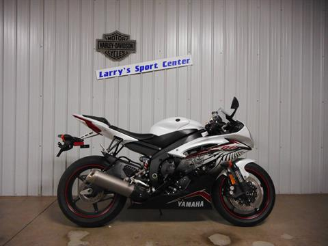 2012 Yamaha YZF-R6 in Galeton, Pennsylvania - Photo 2