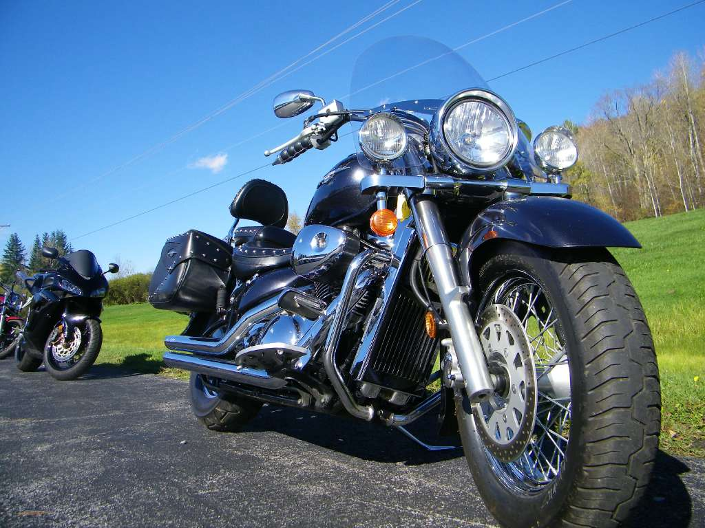 2007 Suzuki Boulevard C50 in Galeton, Pennsylvania - Photo 2