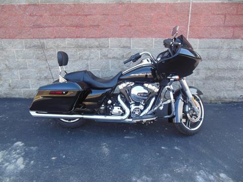 2015 Harley-Davidson Road Glide® in Galeton, Pennsylvania