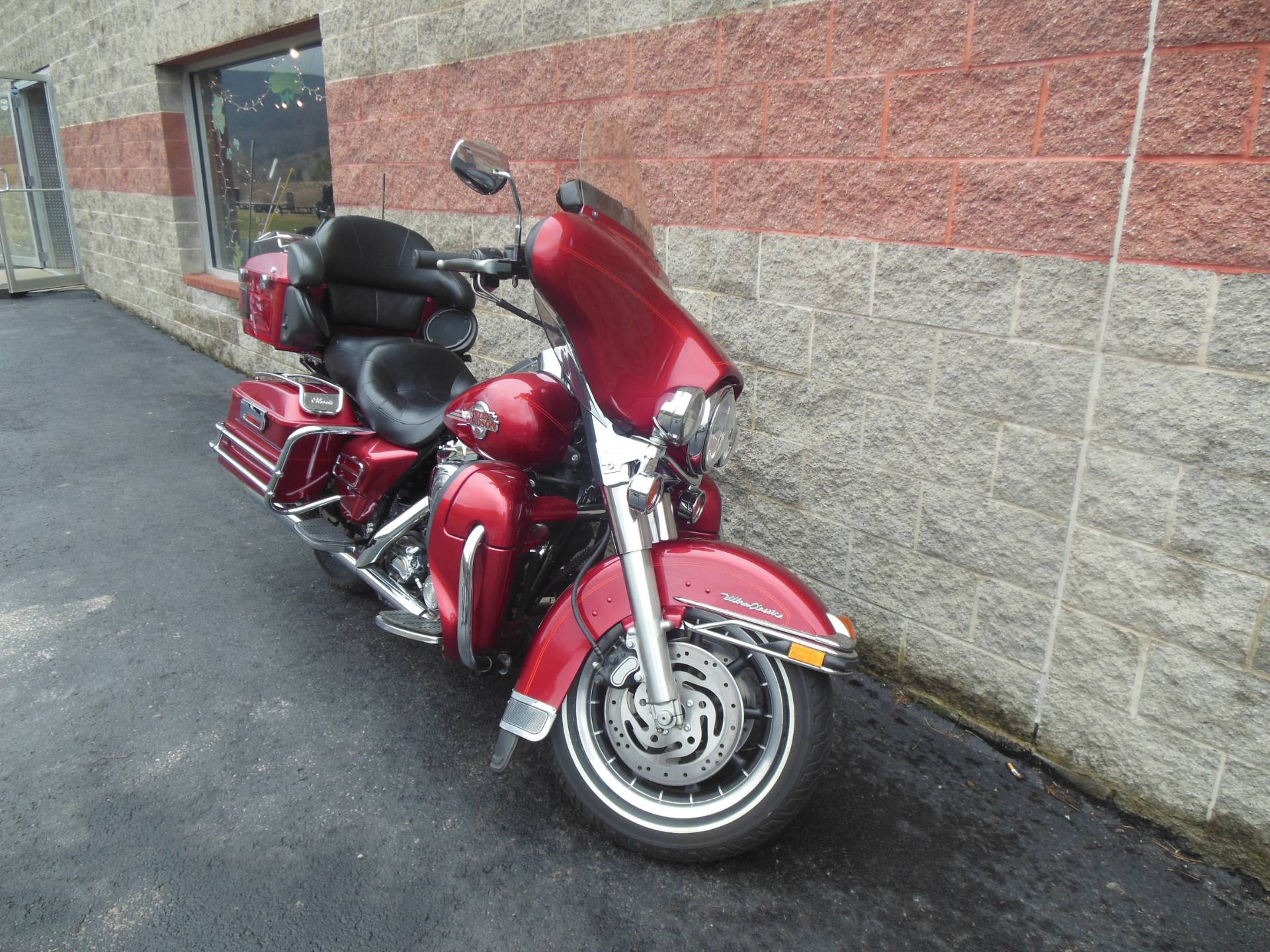 2005 Harley-Davidson FLHTCUI Ultra Classic® Electra Glide® in Galeton, Pennsylvania - Photo 3