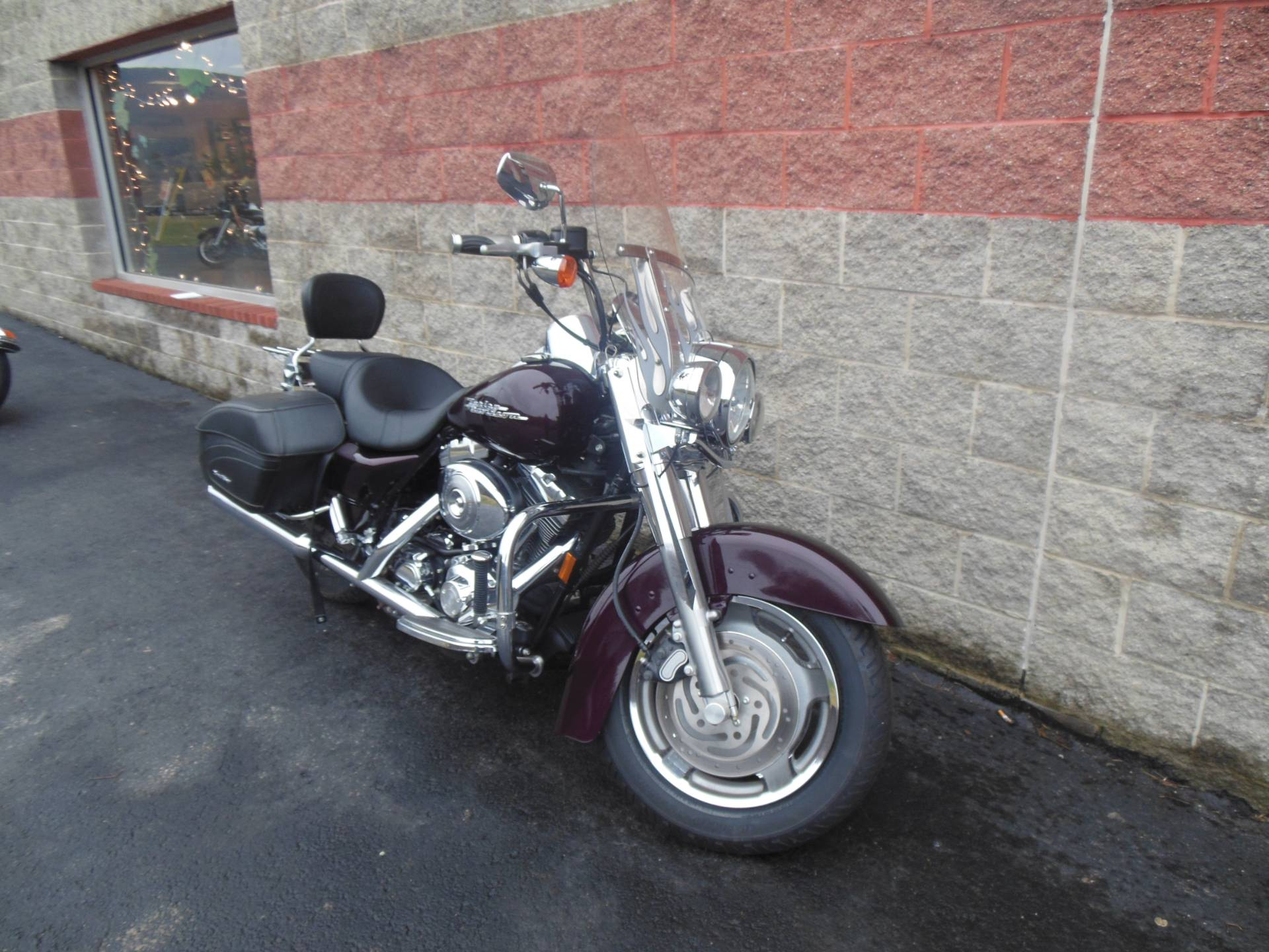 2005 Harley-Davidson FLHRS/FLHRSI Road King® Custom in Galeton, Pennsylvania - Photo 2