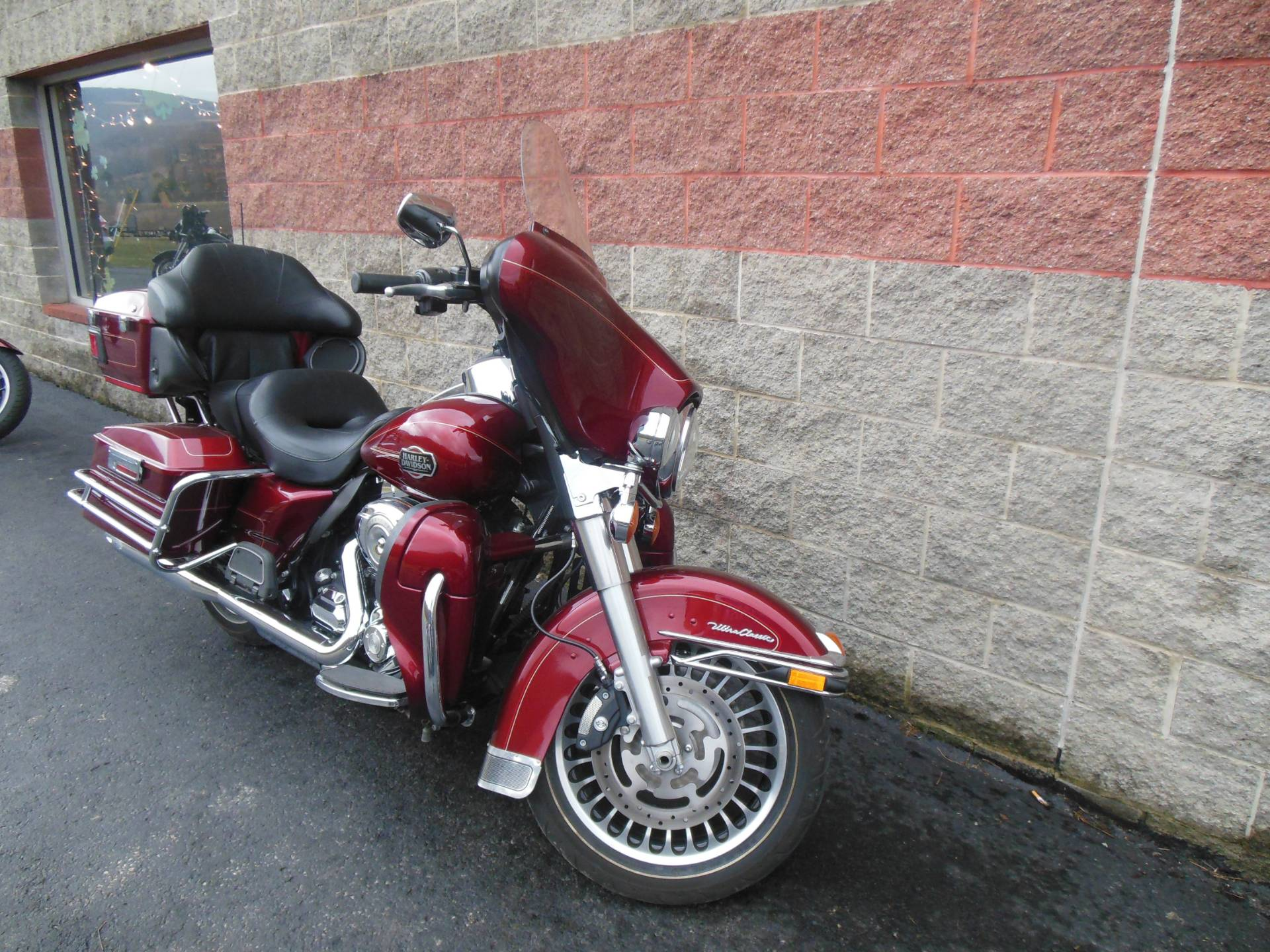 2009 Harley-Davidson Ultra Classic® Electra Glide® in Galeton, Pennsylvania - Photo 2