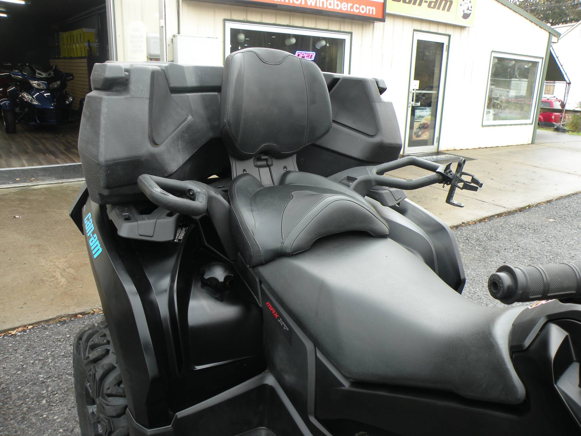2016 Can-Am Outlander MAX XT 650 in Windber, Pennsylvania