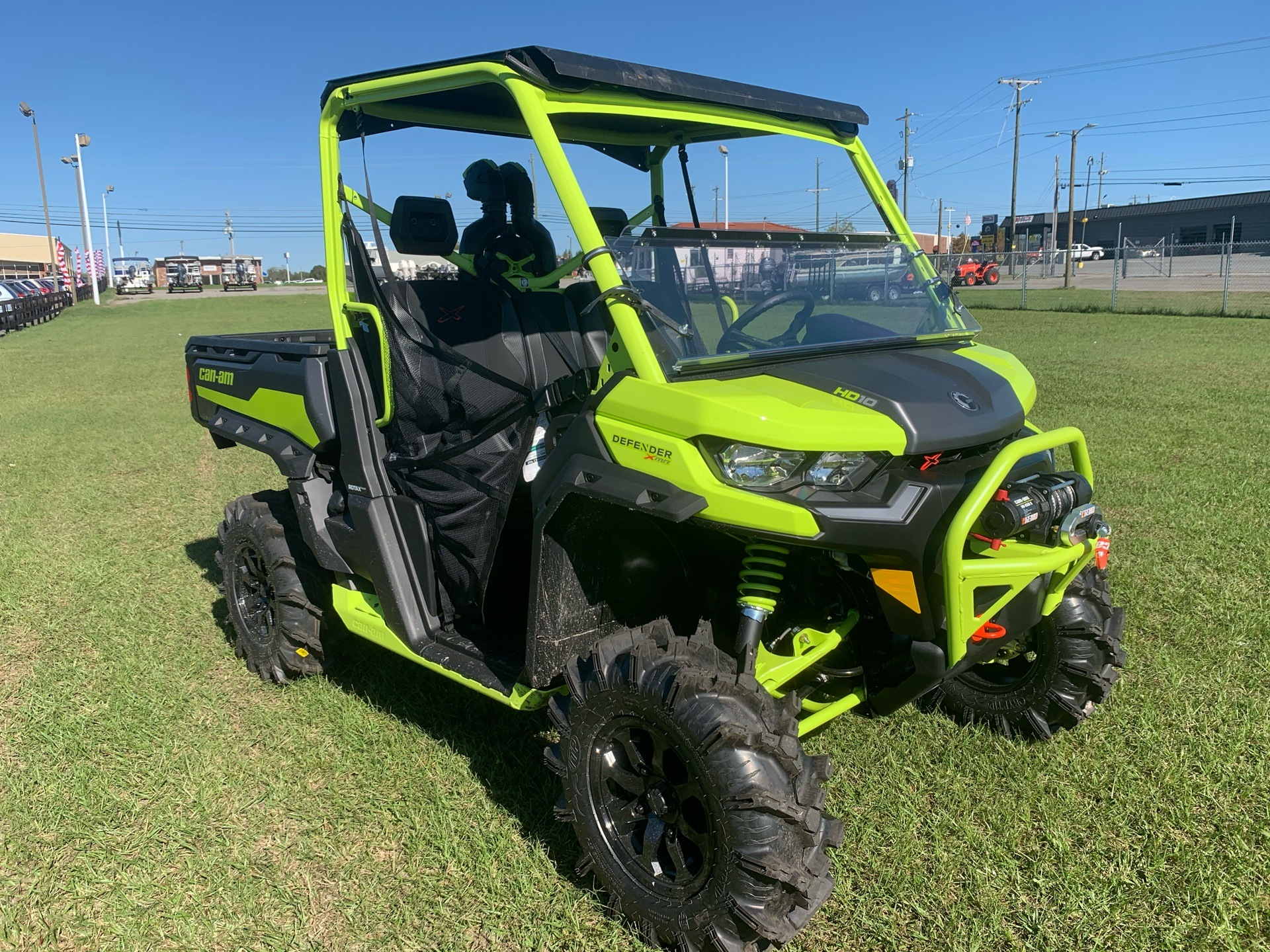 2021 Can-Am Defender X MR HD10 in Tifton, Georgia - Photo 4