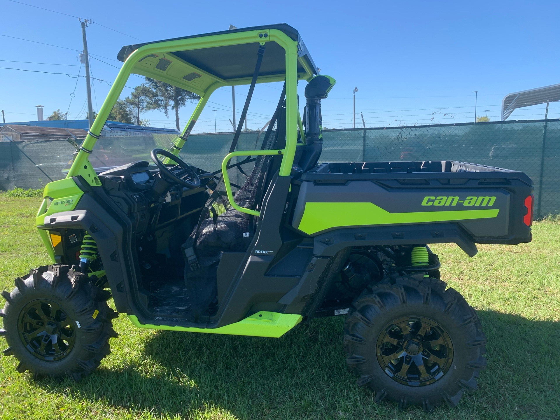 2021 Can-Am Defender X MR HD10 in Tifton, Georgia - Photo 7
