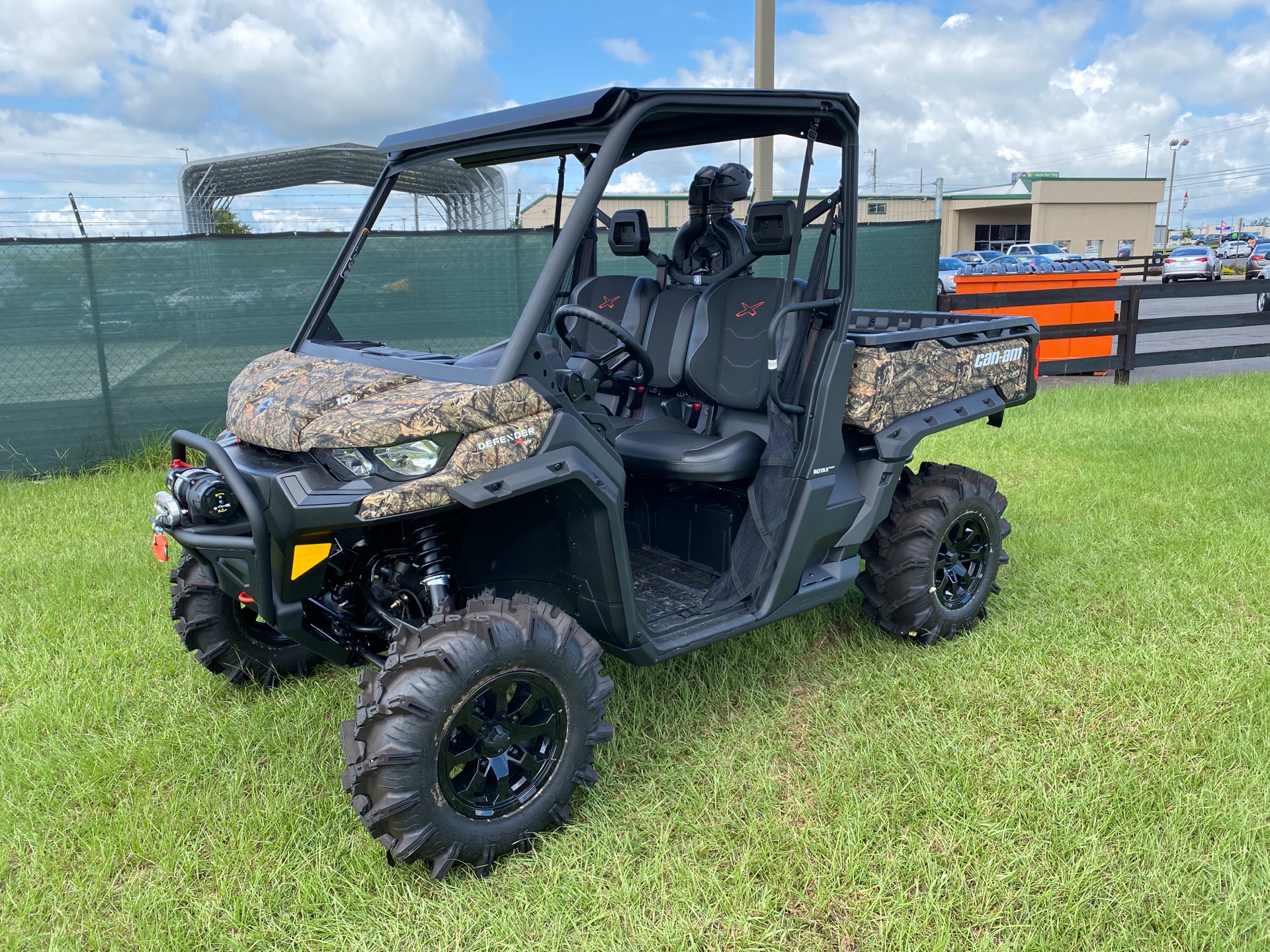 2020 Can-Am Defender X MR HD10 in Tifton, Georgia - Photo 1